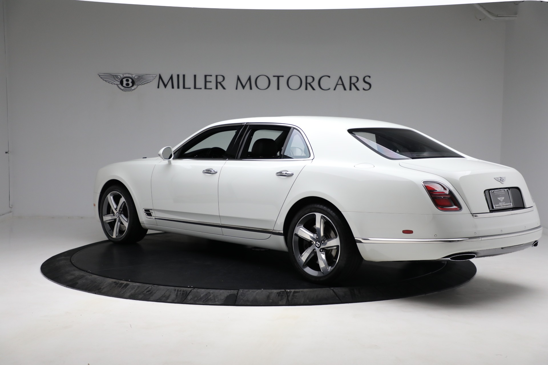 Used 2018 Bentley Mulsanne Speed For Sale In Greenwich, CT 2075_p3