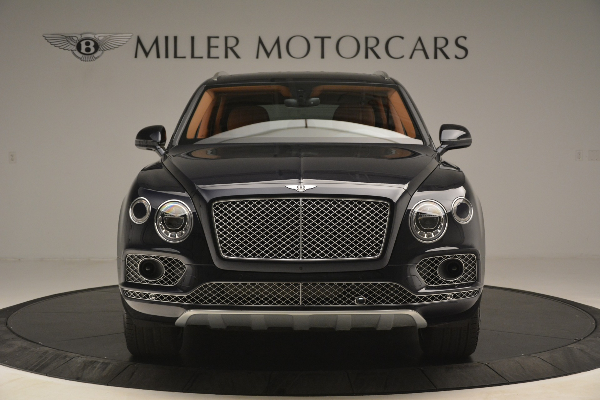 Used 2018 Bentley Bentayga Signature For Sale In Greenwich, CT 2076_p13