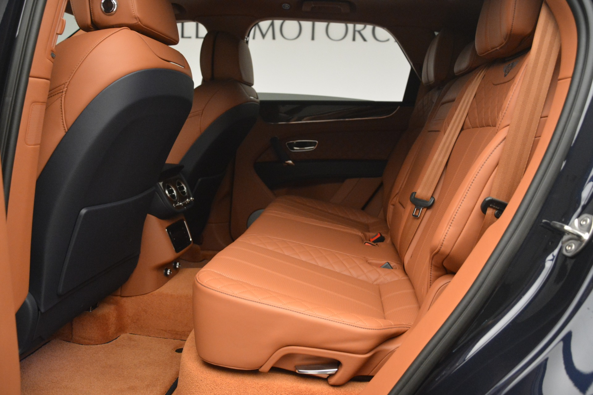 Used 2018 Bentley Bentayga Signature For Sale In Greenwich, CT 2076_p23