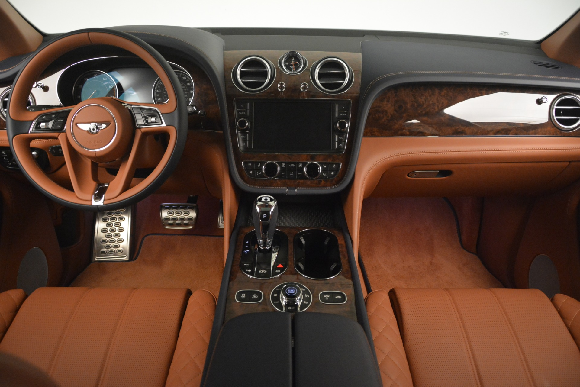 Used 2018 Bentley Bentayga Signature For Sale In Greenwich, CT 2076_p25