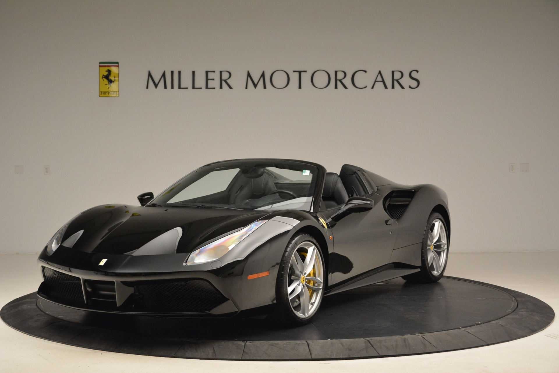 Used 2016 Ferrari 488 Spider  For Sale In Greenwich, CT 2078_main