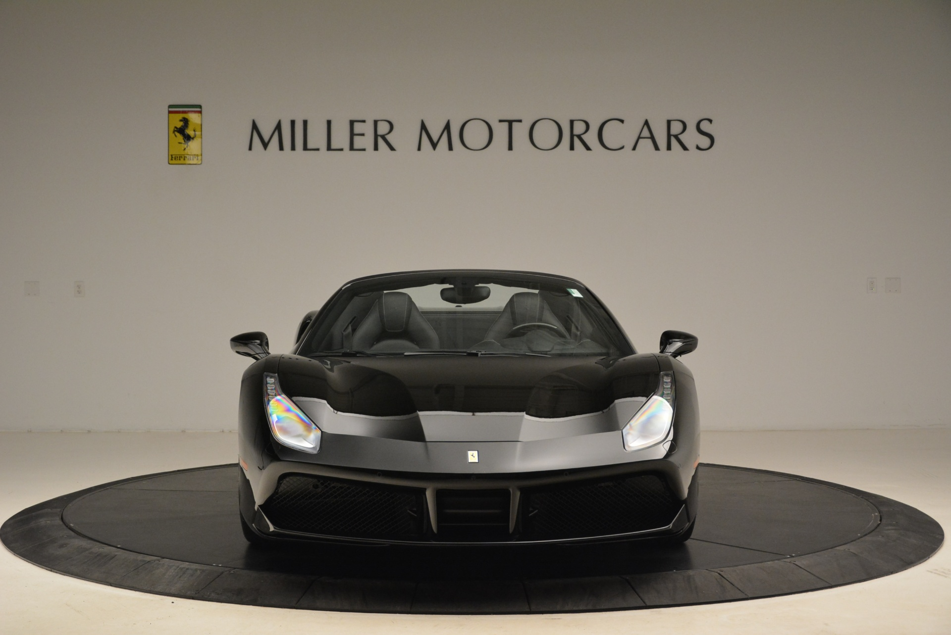 Used 2016 Ferrari 488 Spider  For Sale In Greenwich, CT 2078_p12