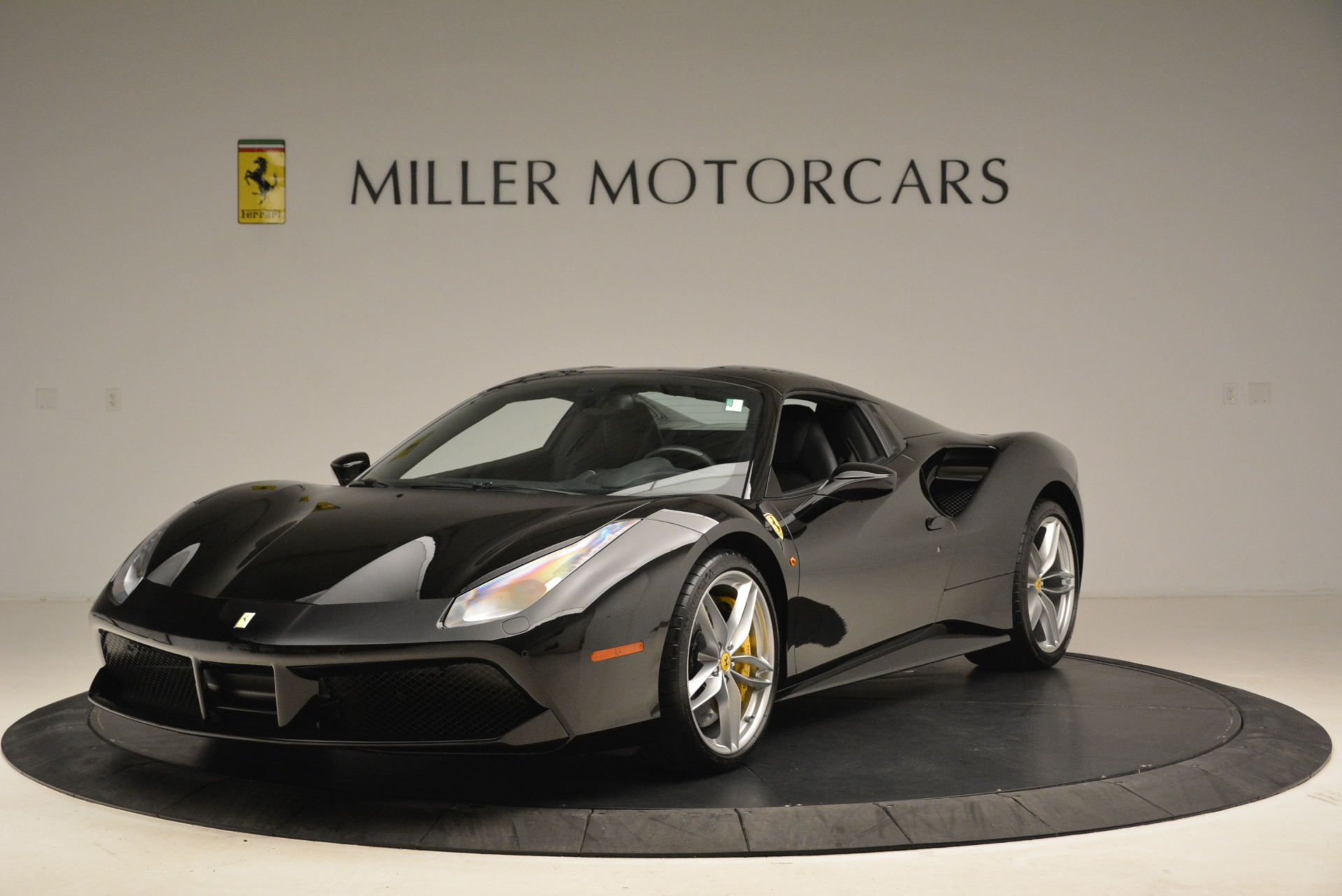 Used 2016 Ferrari 488 Spider  For Sale In Greenwich, CT 2078_p13