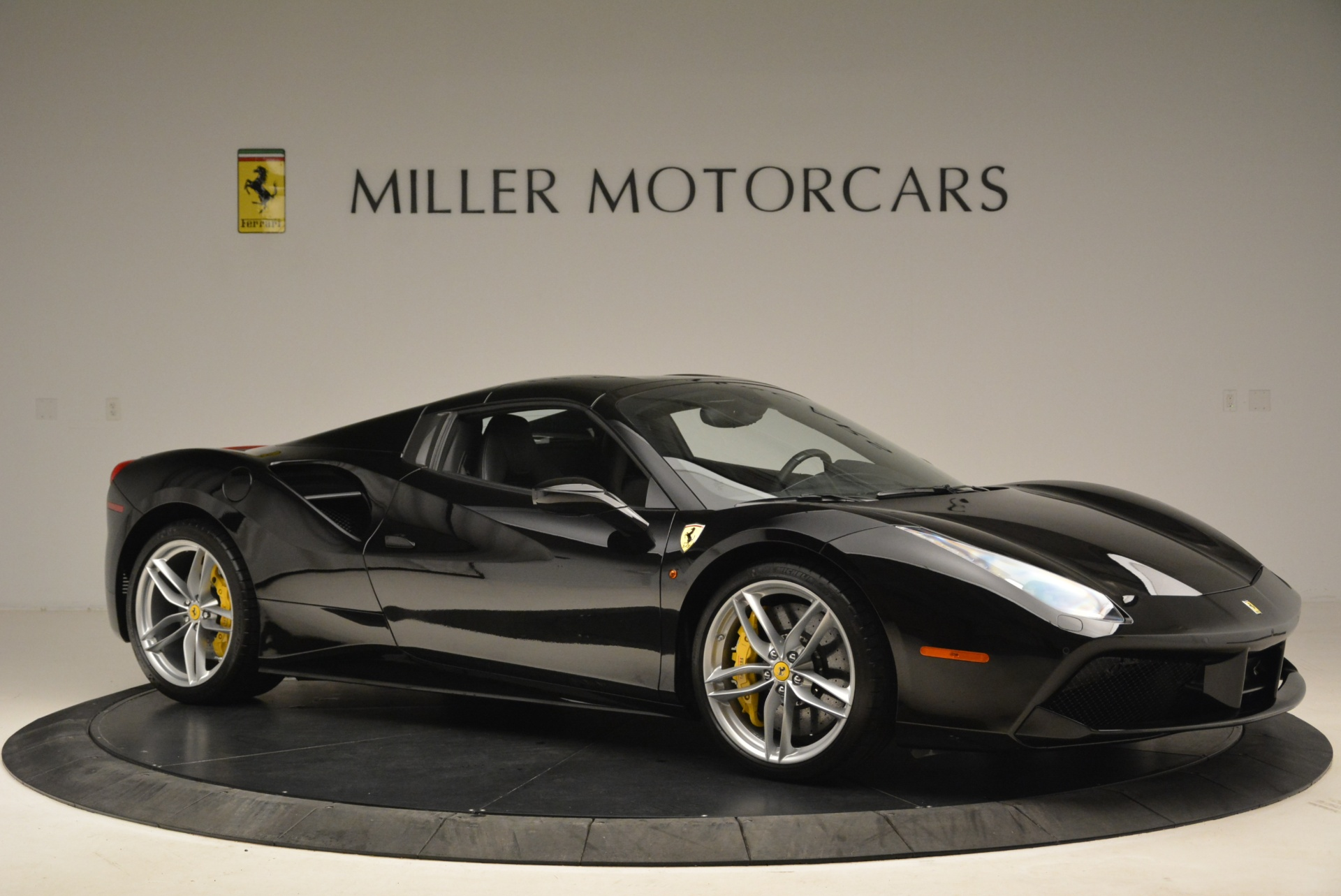 Used 2016 Ferrari 488 Spider  For Sale In Greenwich, CT 2078_p22