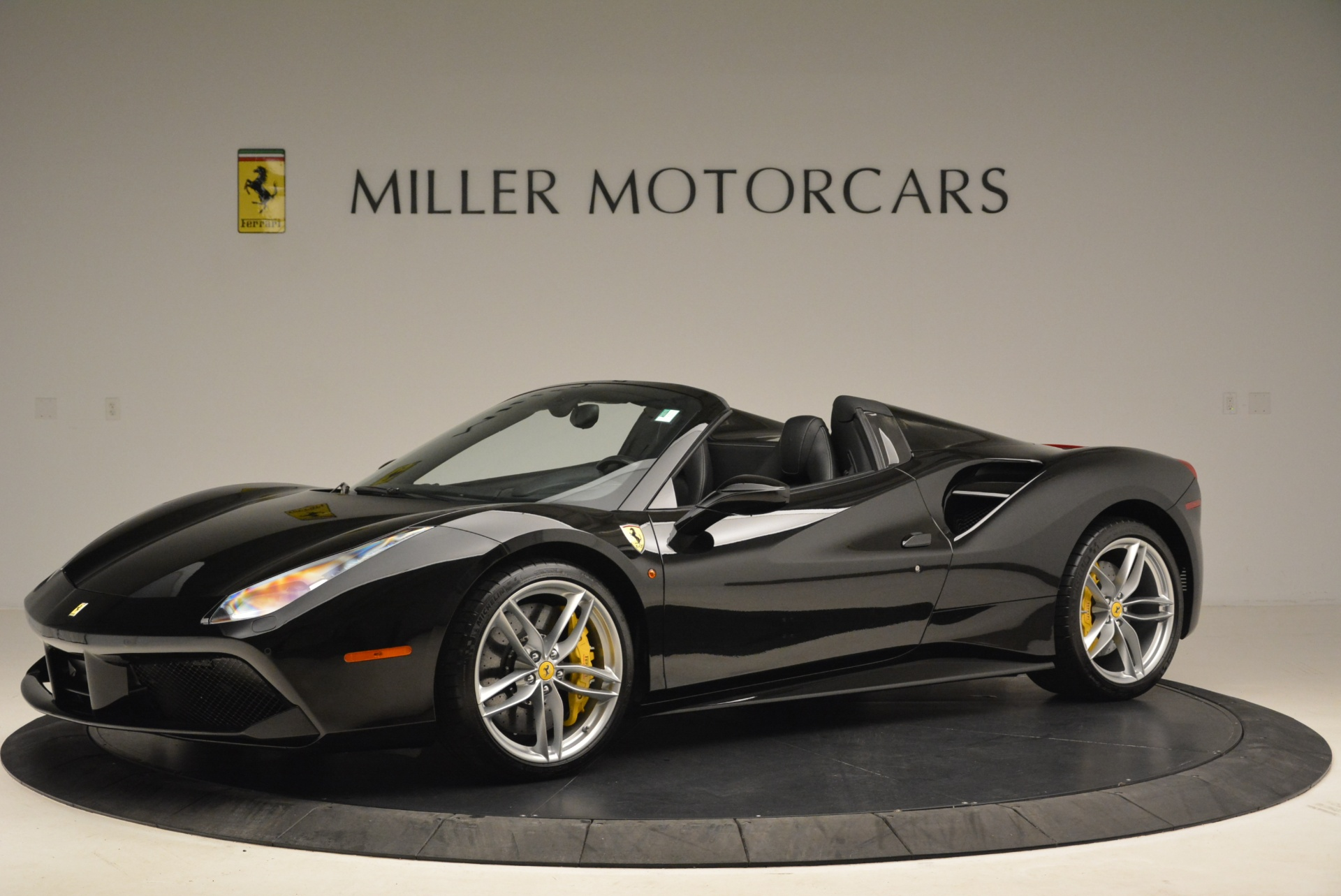 Used 2016 Ferrari 488 Spider  For Sale In Greenwich, CT 2078_p2