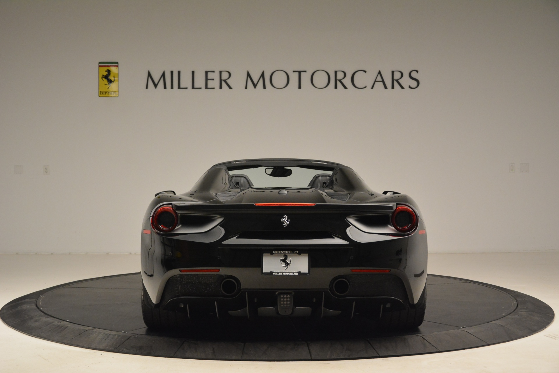 Used 2016 Ferrari 488 Spider  For Sale In Greenwich, CT 2078_p6