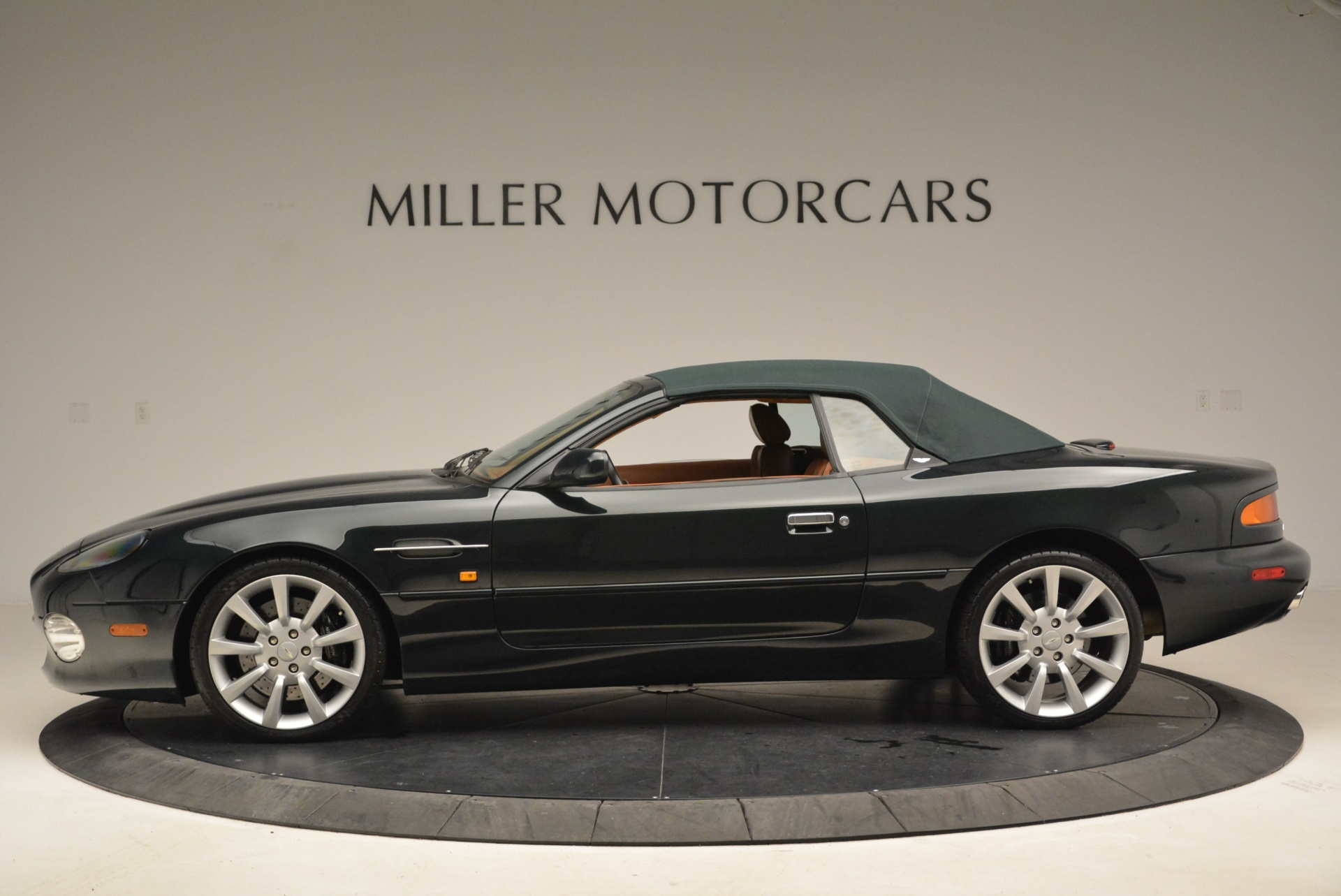 Used 2003 Aston Martin DB7 Vantage Volante For Sale In Greenwich, CT 2084_p15