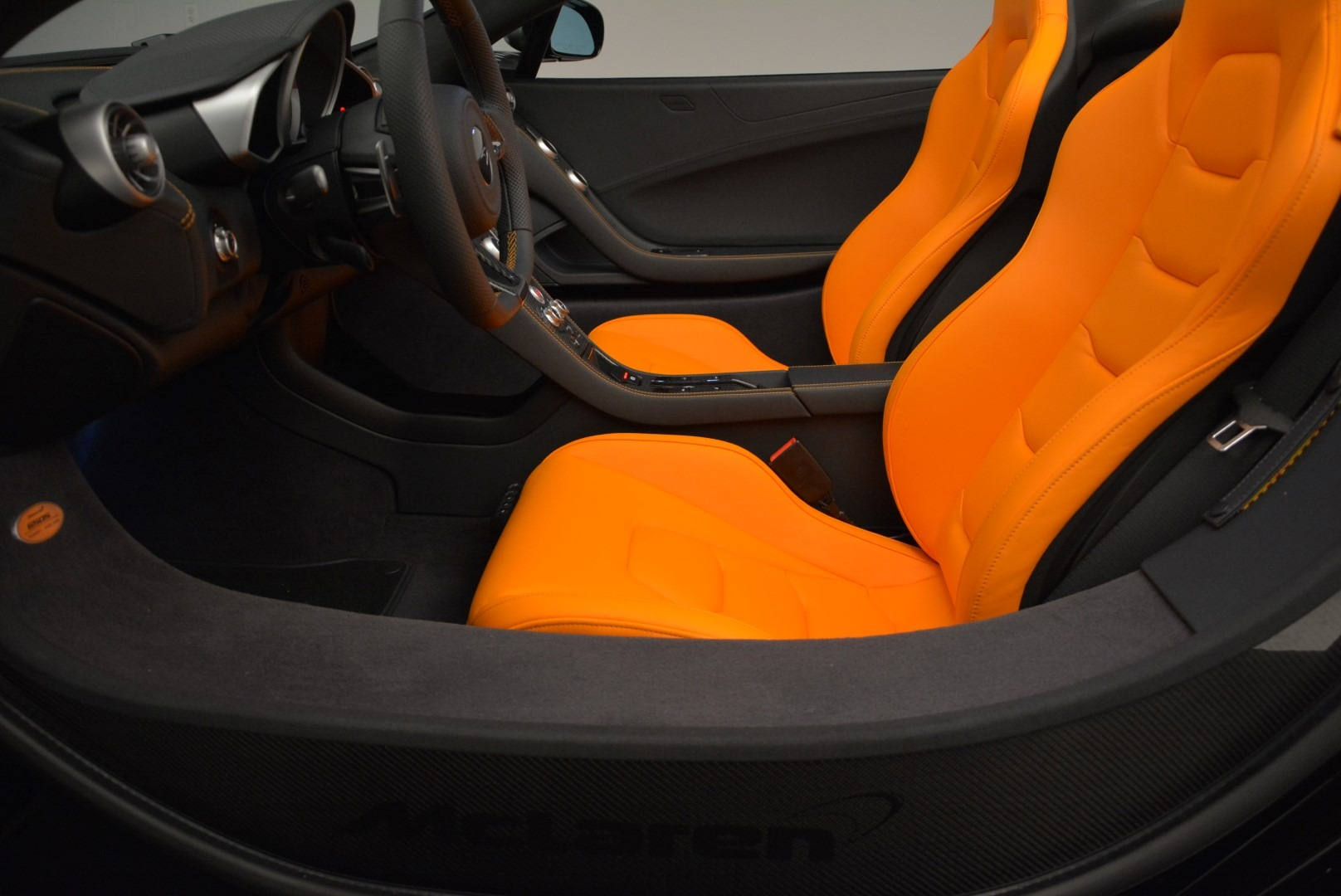 Used 2015 McLaren 650S Spider For Sale In Greenwich, CT 2089_p24