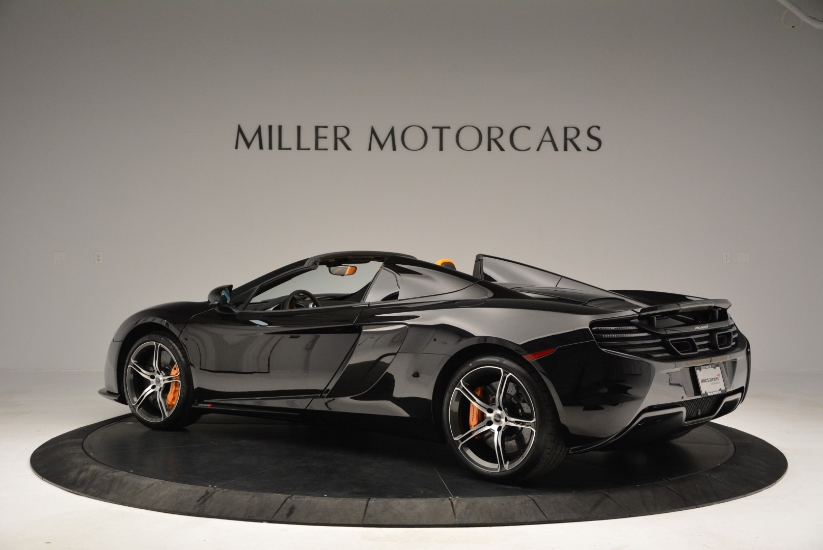 Used 2015 McLaren 650S Spider For Sale In Greenwich, CT 2089_p4