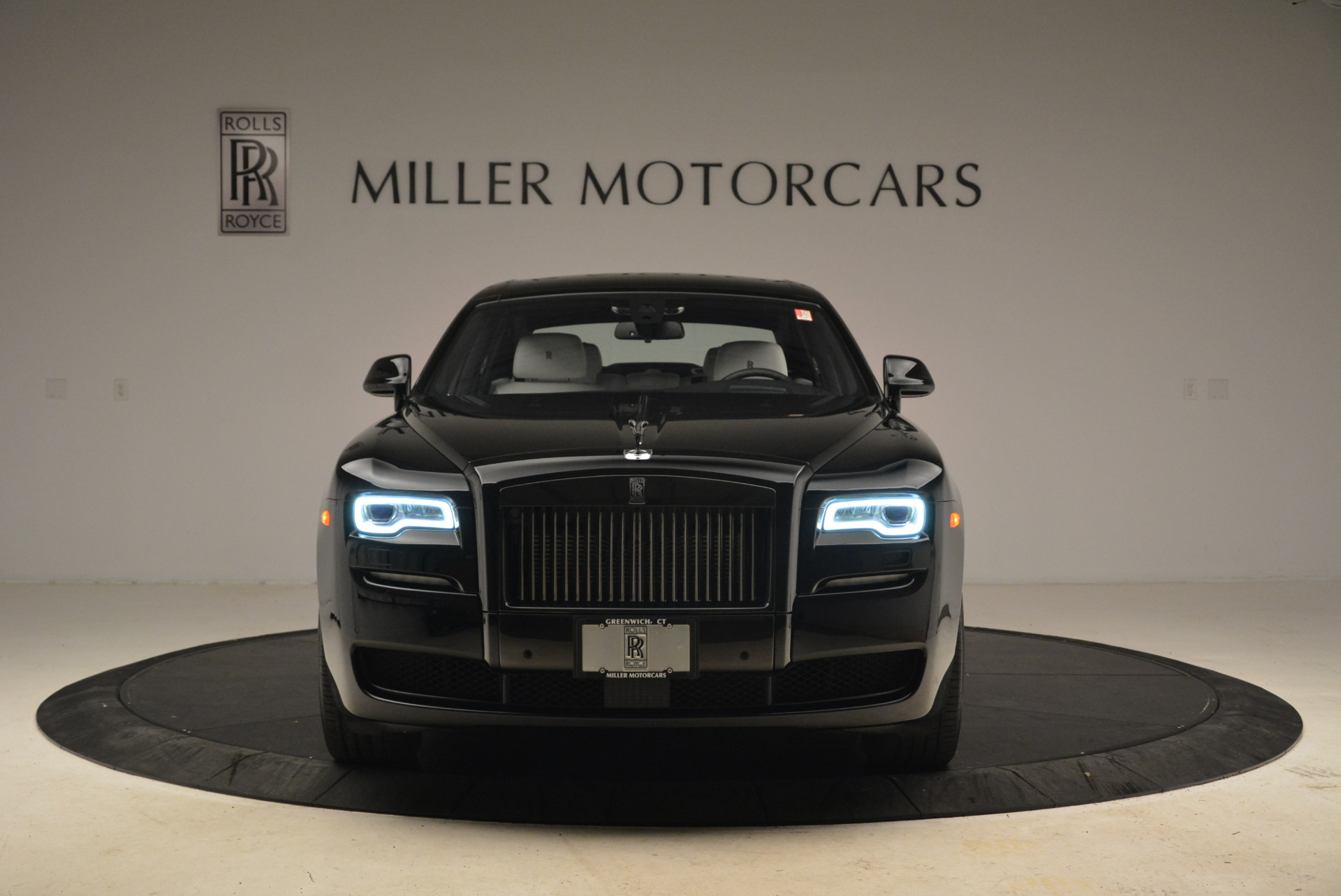 Used 2017 Rolls-Royce Ghost Black Badge For Sale In Greenwich, CT 2093_p10