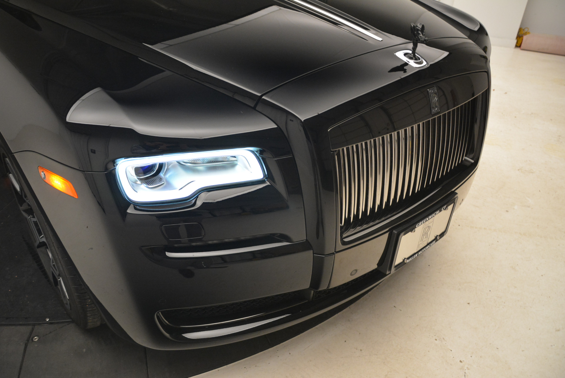 Used 2017 Rolls-Royce Ghost Black Badge For Sale In Greenwich, CT 2093_p11