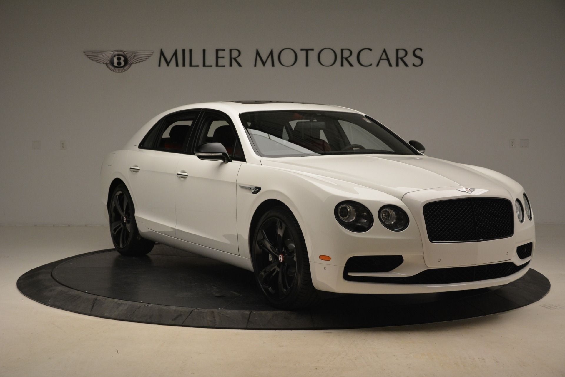 Used 2018 Bentley Flying Spur V8 S Black Edition For Sale In Greenwich, CT 2096_p11