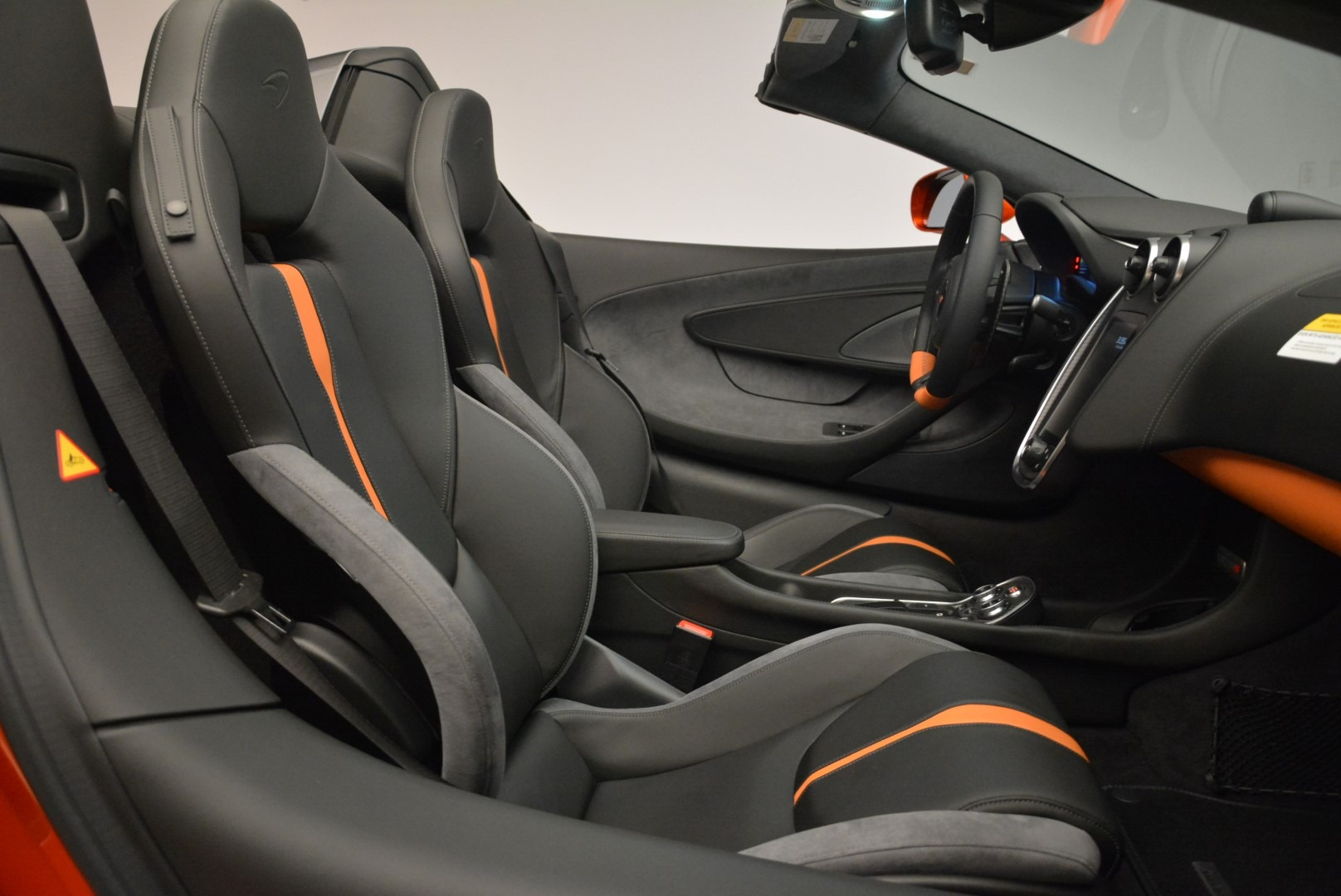 New 2018 McLaren 570S Spider For Sale In Greenwich, CT 2098_p30