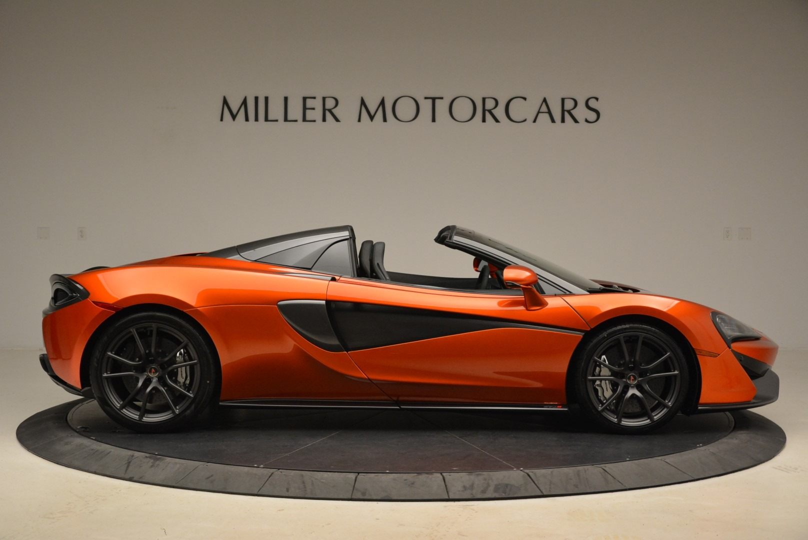 New 2018 McLaren 570S Spider For Sale In Greenwich, CT 2098_p9