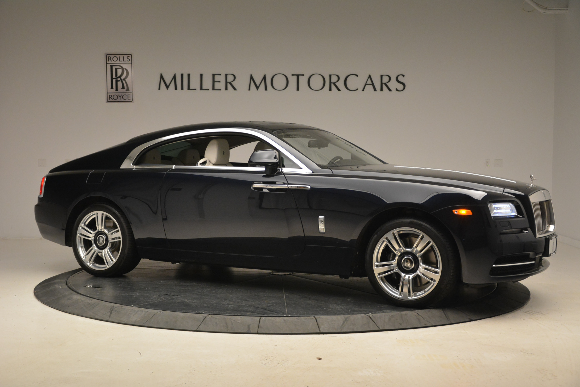 Used 2015 Rolls-Royce Wraith  For Sale In Greenwich, CT 2099_p10