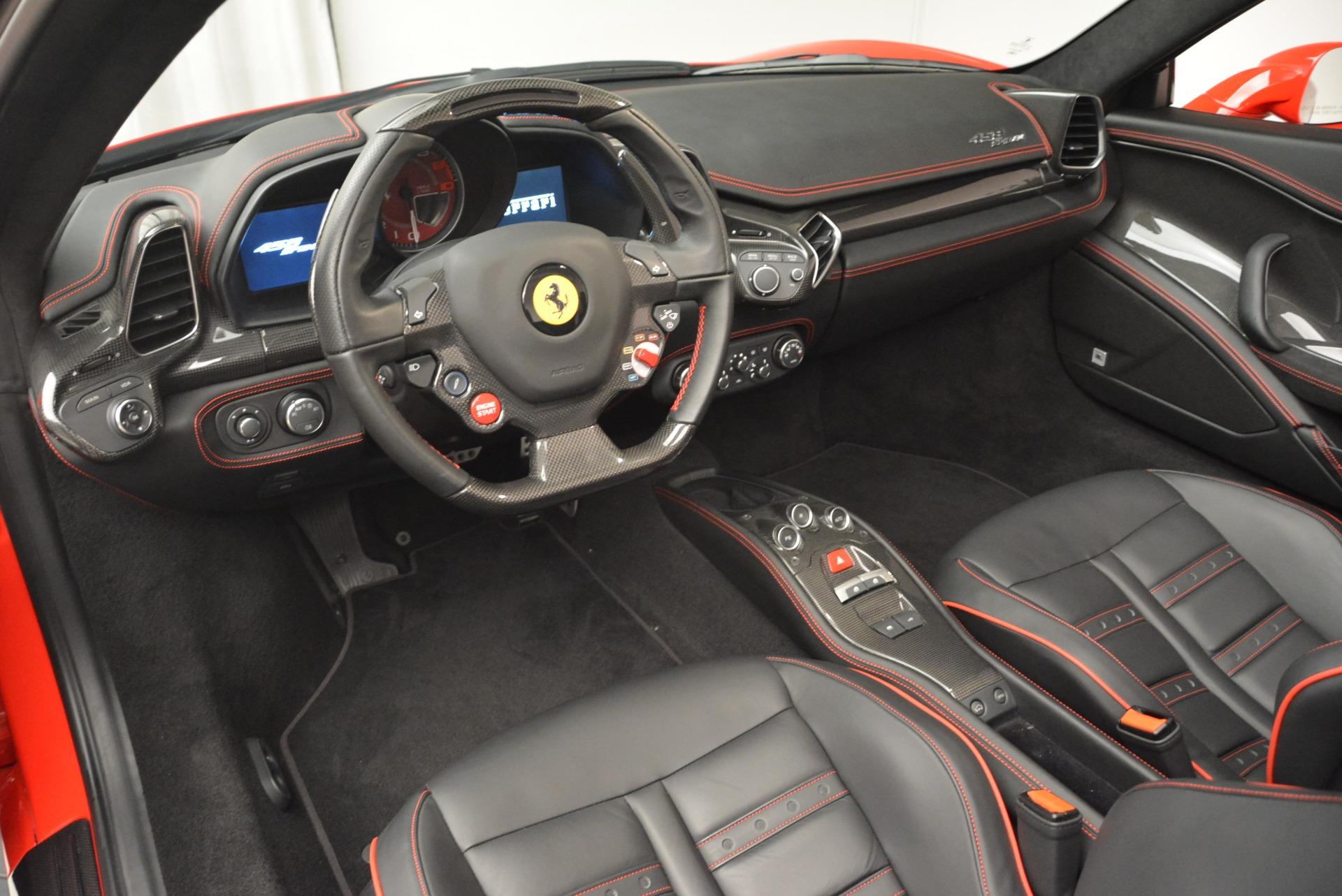Used 2014 Ferrari 458 Spider  For Sale In Greenwich, CT 2100_p25