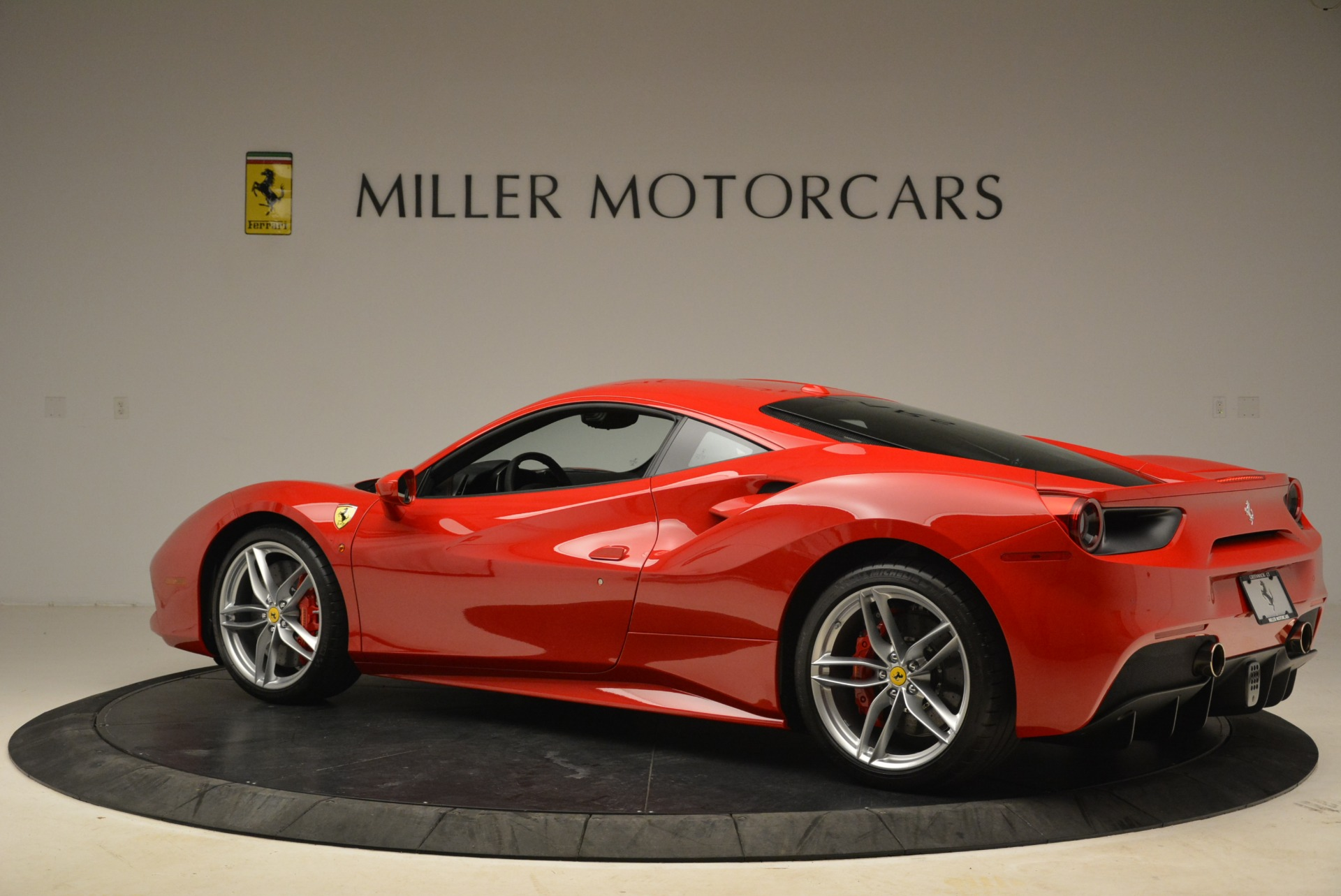 Used 2016 Ferrari 488 GTB  For Sale In Greenwich, CT 2101_p4