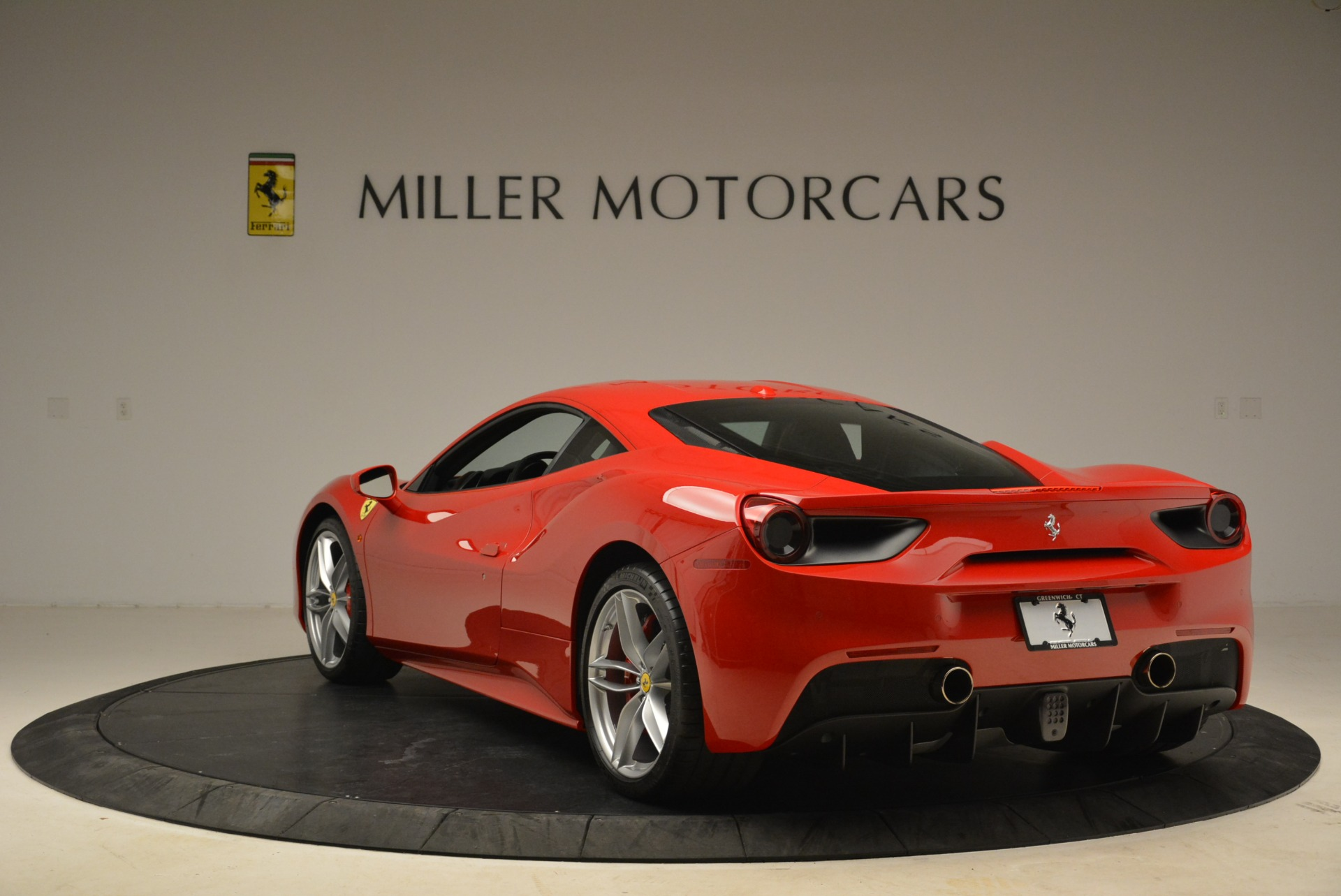 Used 2016 Ferrari 488 GTB  For Sale In Greenwich, CT 2101_p5