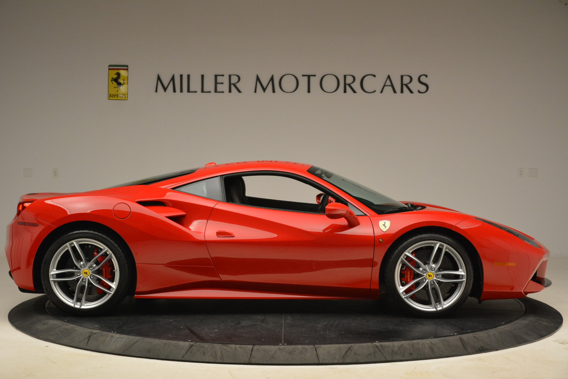 Used 2016 Ferrari 488 GTB  For Sale In Greenwich, CT 2101_p9