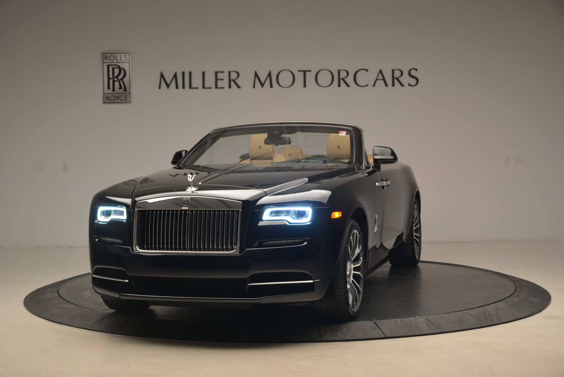 Used 2018 Rolls-Royce Dawn  For Sale In Greenwich, CT