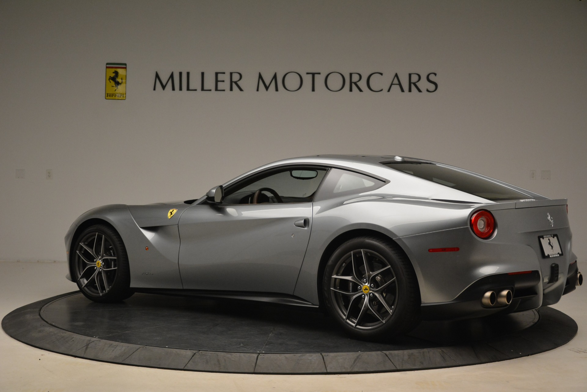 Used 2017 Ferrari F12 Berlinetta  For Sale In Greenwich, CT 2111_p4