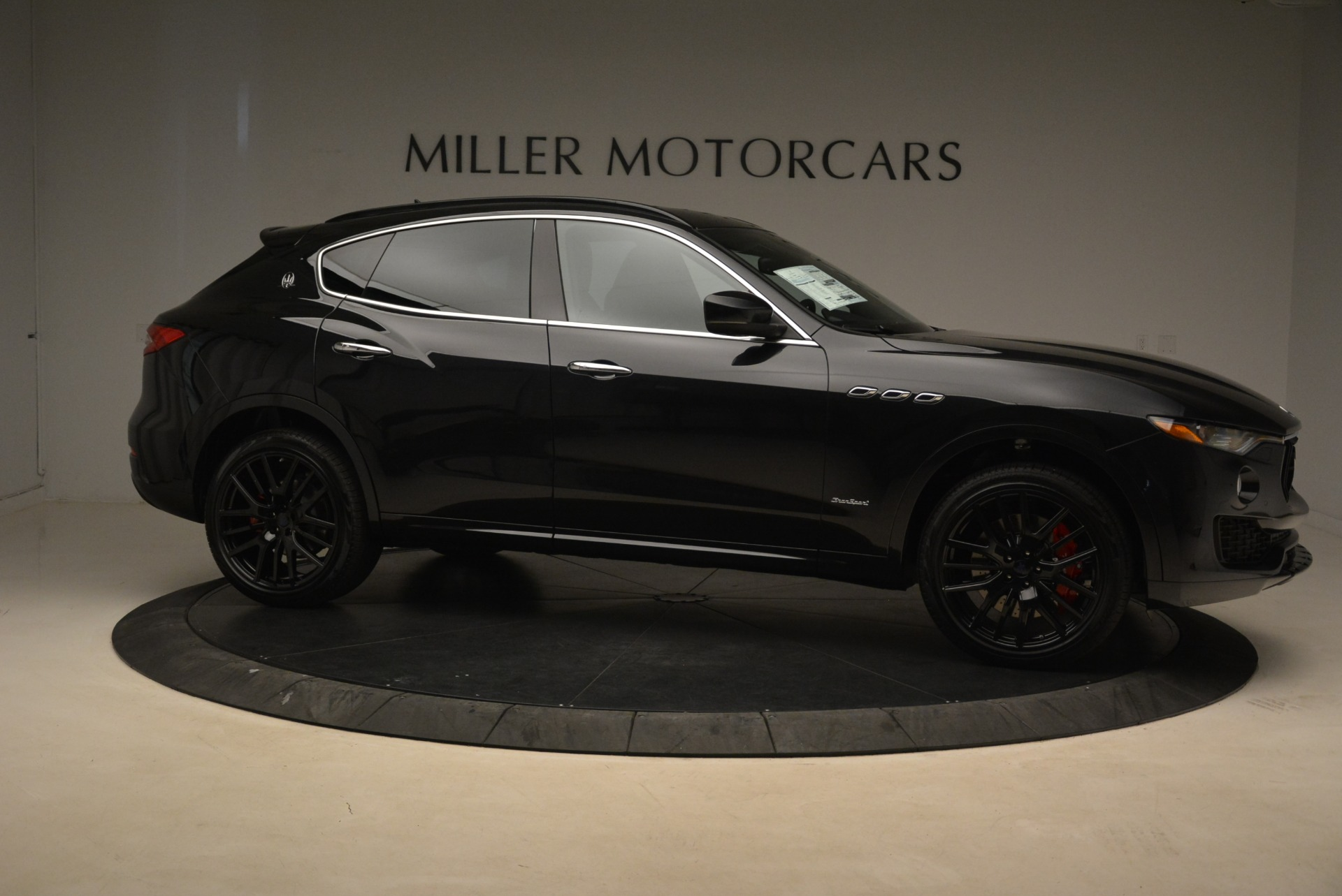 New 2018 Maserati Levante S Q4 Gransport For Sale In Greenwich, CT 2114_p10