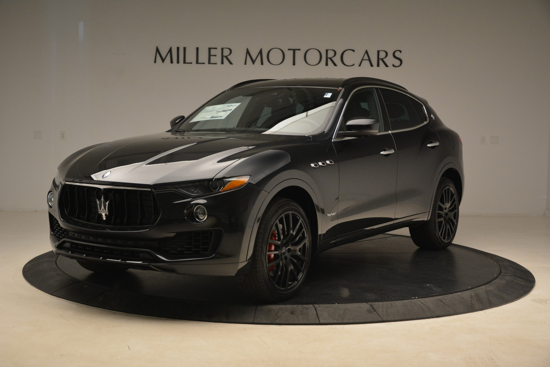 New 2018 Maserati Levante S Q4 Gransport For Sale In Greenwich, CT 2114_p2