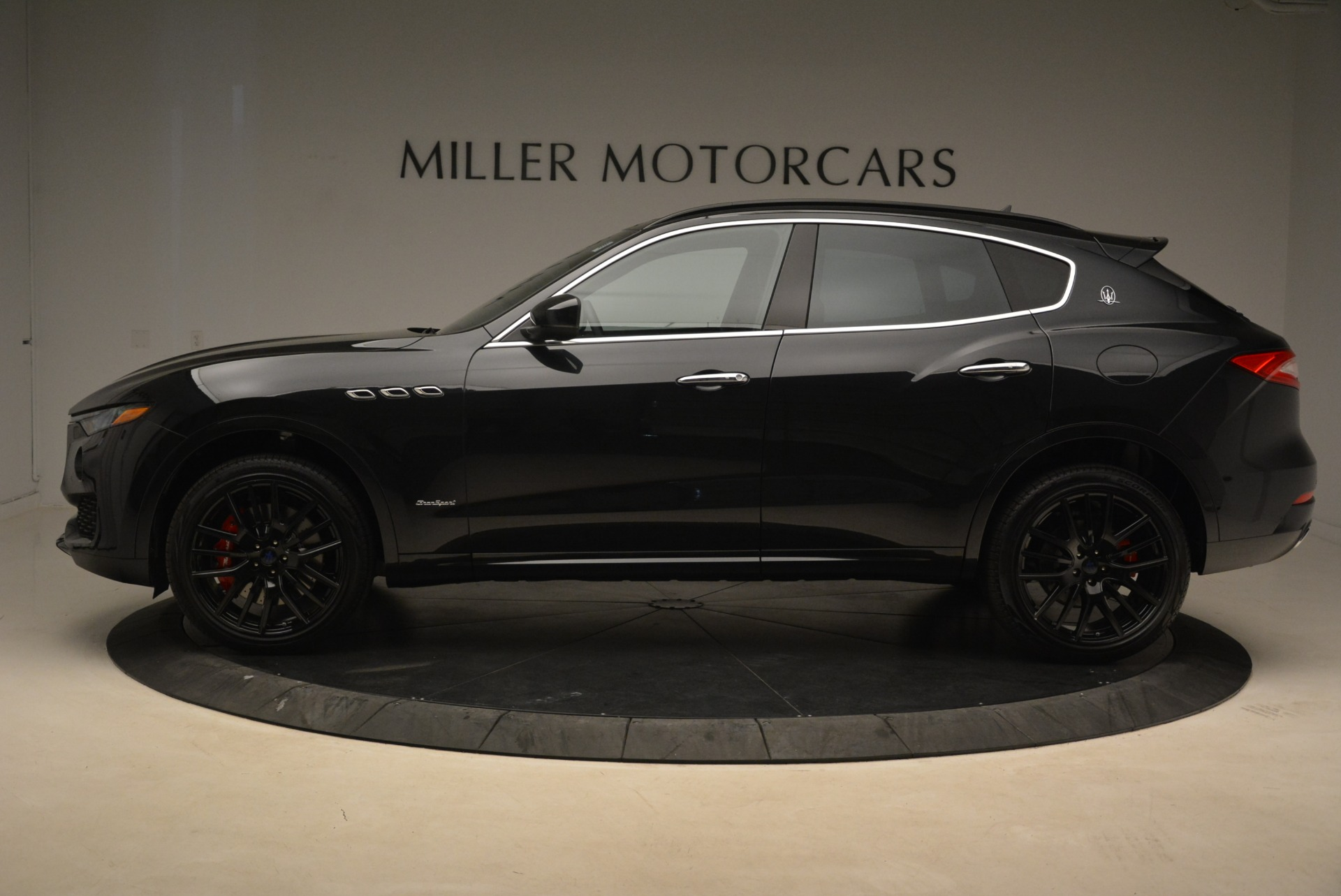 New 2018 Maserati Levante S Q4 Gransport For Sale In Greenwich, CT 2114_p3