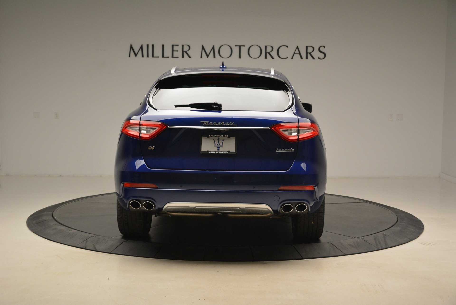 New 2018 Maserati Levante Q4 GranLusso For Sale In Greenwich, CT 2117_p5