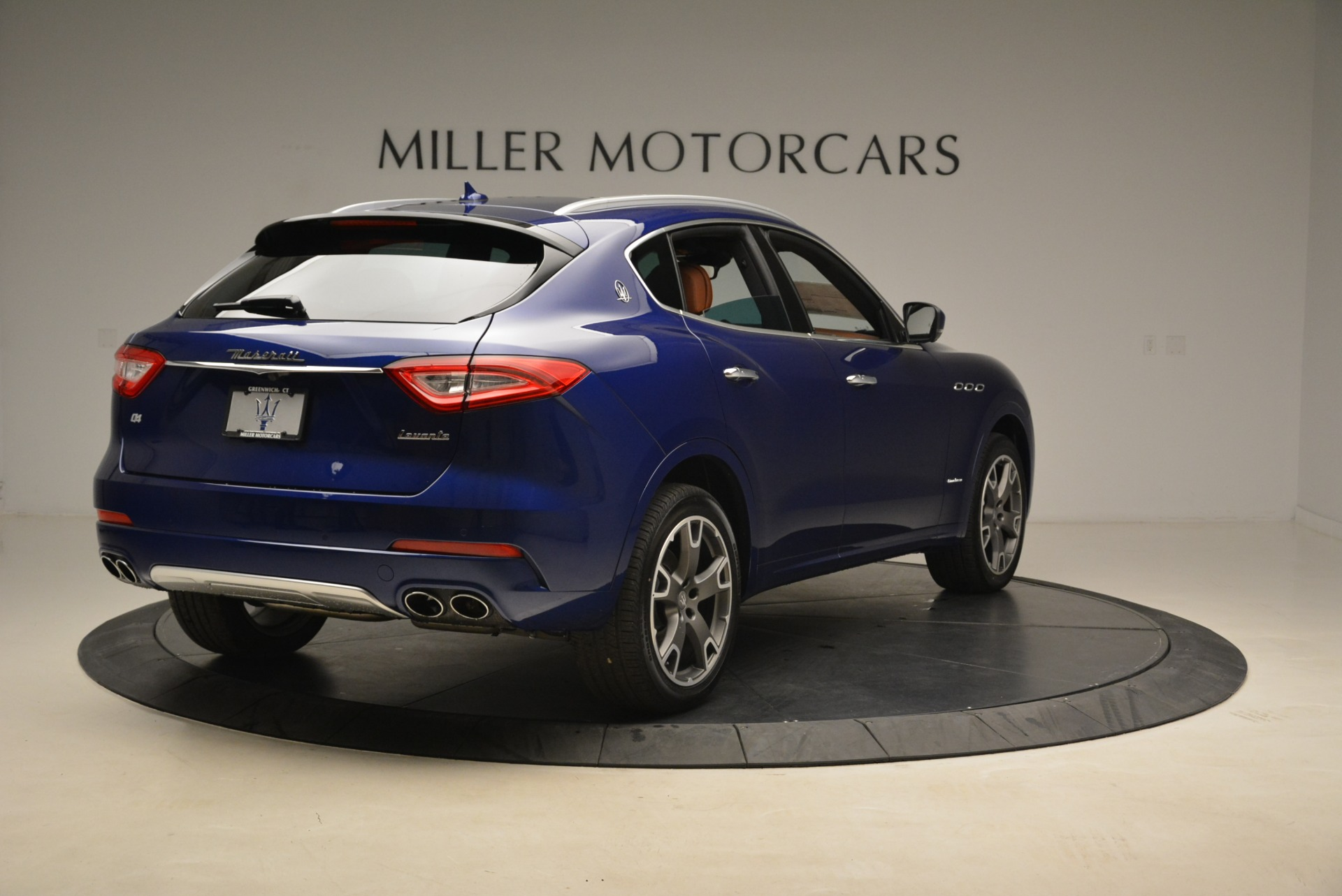 New 2018 Maserati Levante Q4 GranLusso For Sale In Greenwich, CT 2117_p6