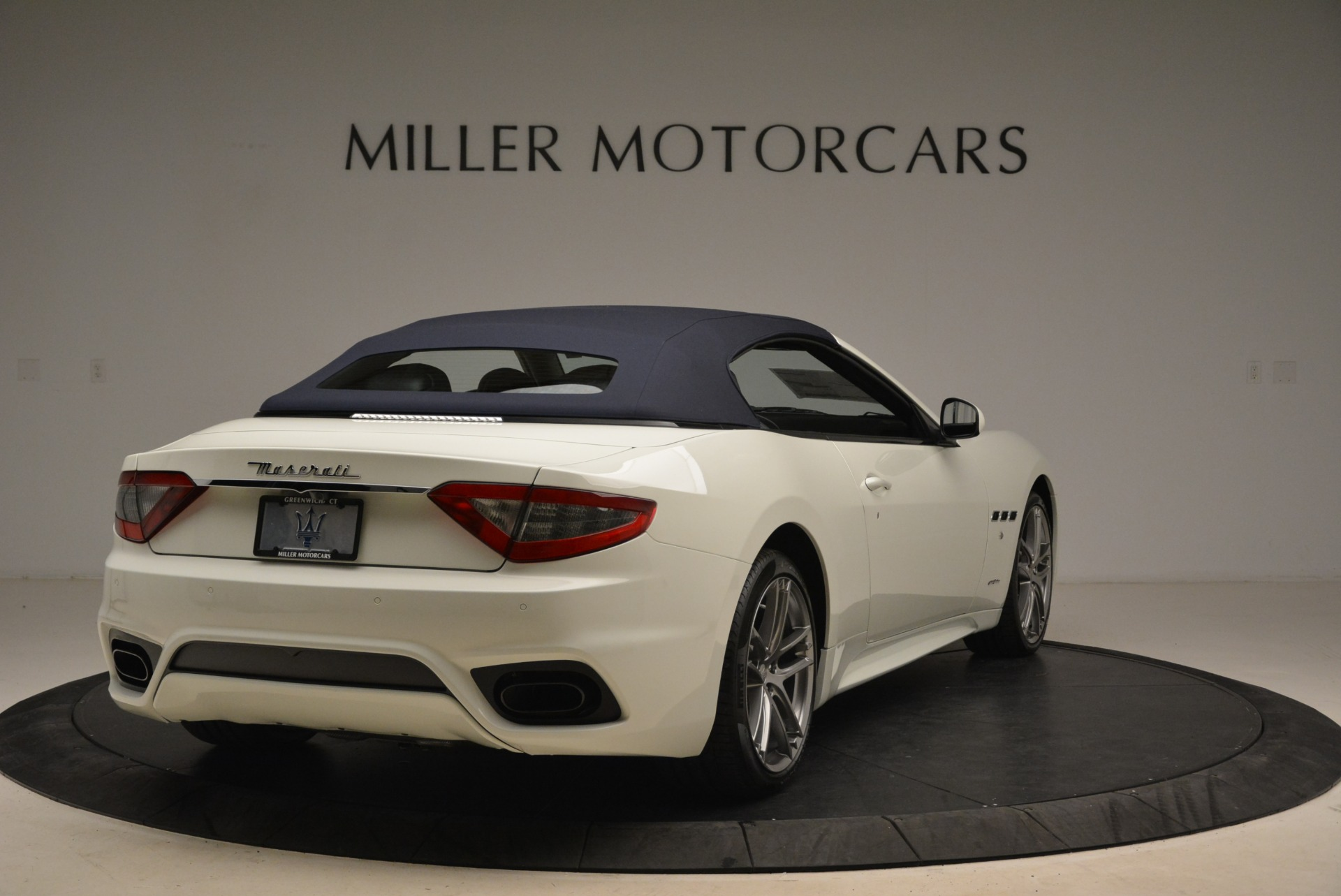 New 2018 Maserati GranTurismo Sport Convertible For Sale In Greenwich, CT 2120_p5