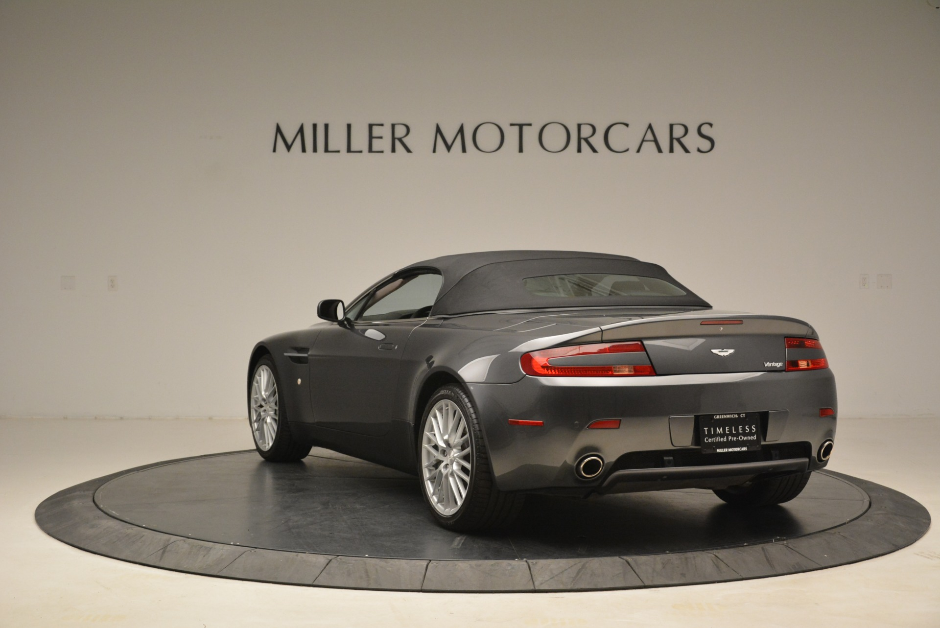 Used 2009 Aston Martin V8 Vantage Roadster For Sale In Greenwich, CT 2123_p17