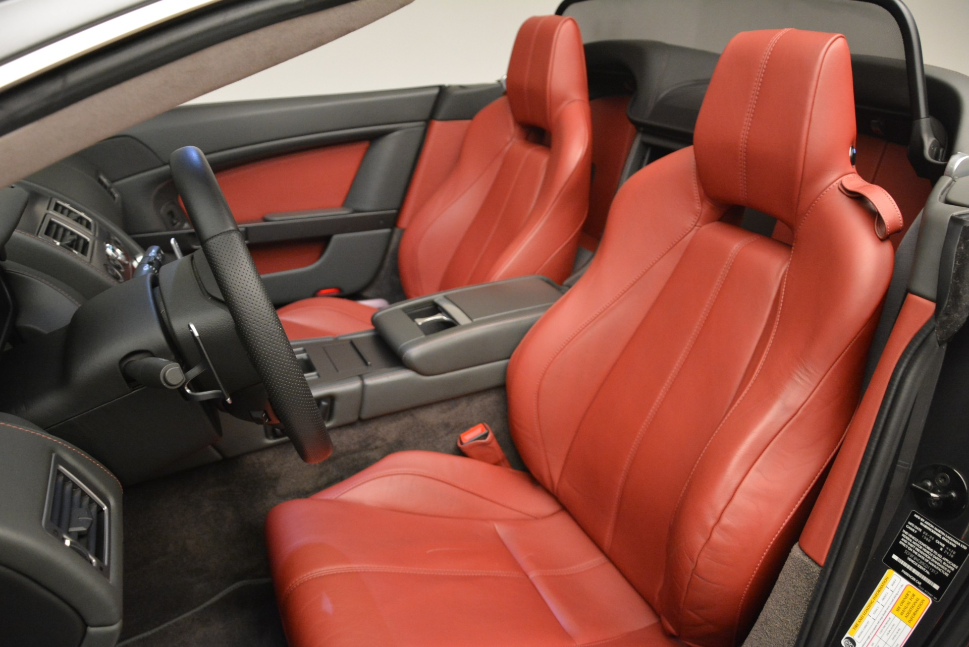 Used 2009 Aston Martin V8 Vantage Roadster For Sale In Greenwich, CT 2123_p28