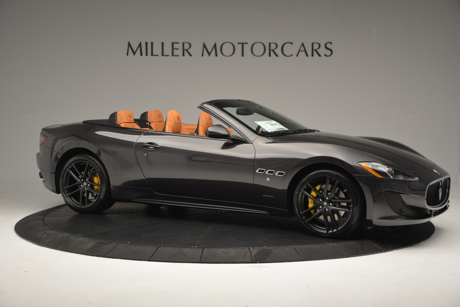 Used 2015 Maserati GranTurismo Sport Convertible For Sale In Greenwich, CT 2129_p11