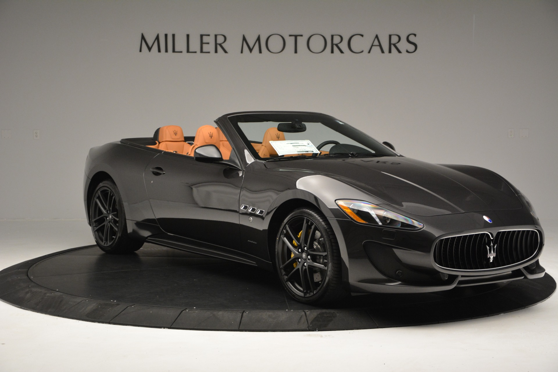 Used 2015 Maserati GranTurismo Sport Convertible For Sale In Greenwich, CT 2129_p12