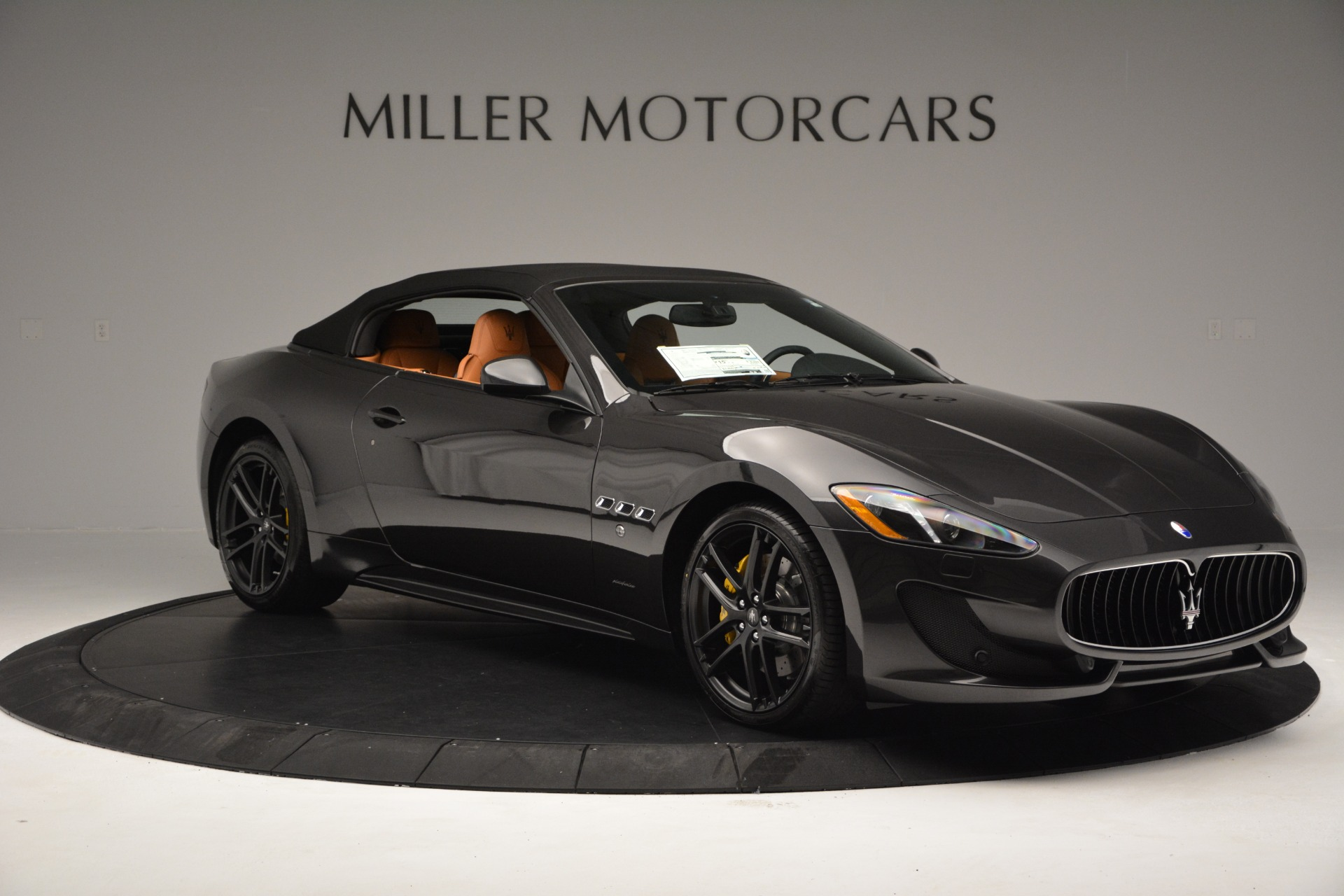 Used 2015 Maserati GranTurismo Sport Convertible For Sale In Greenwich, CT 2129_p18