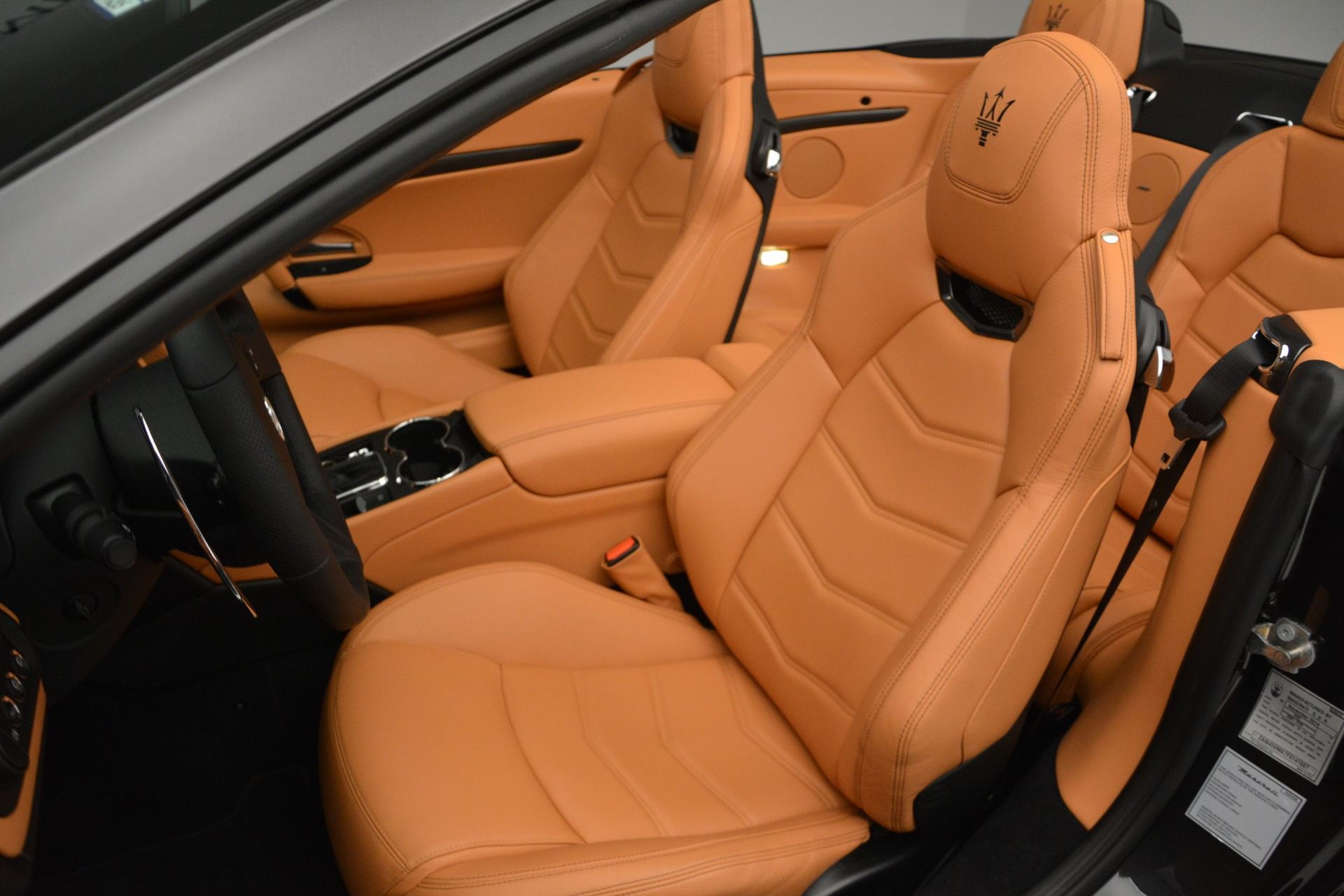 Used 2015 Maserati GranTurismo Sport Convertible For Sale In Greenwich, CT 2129_p21
