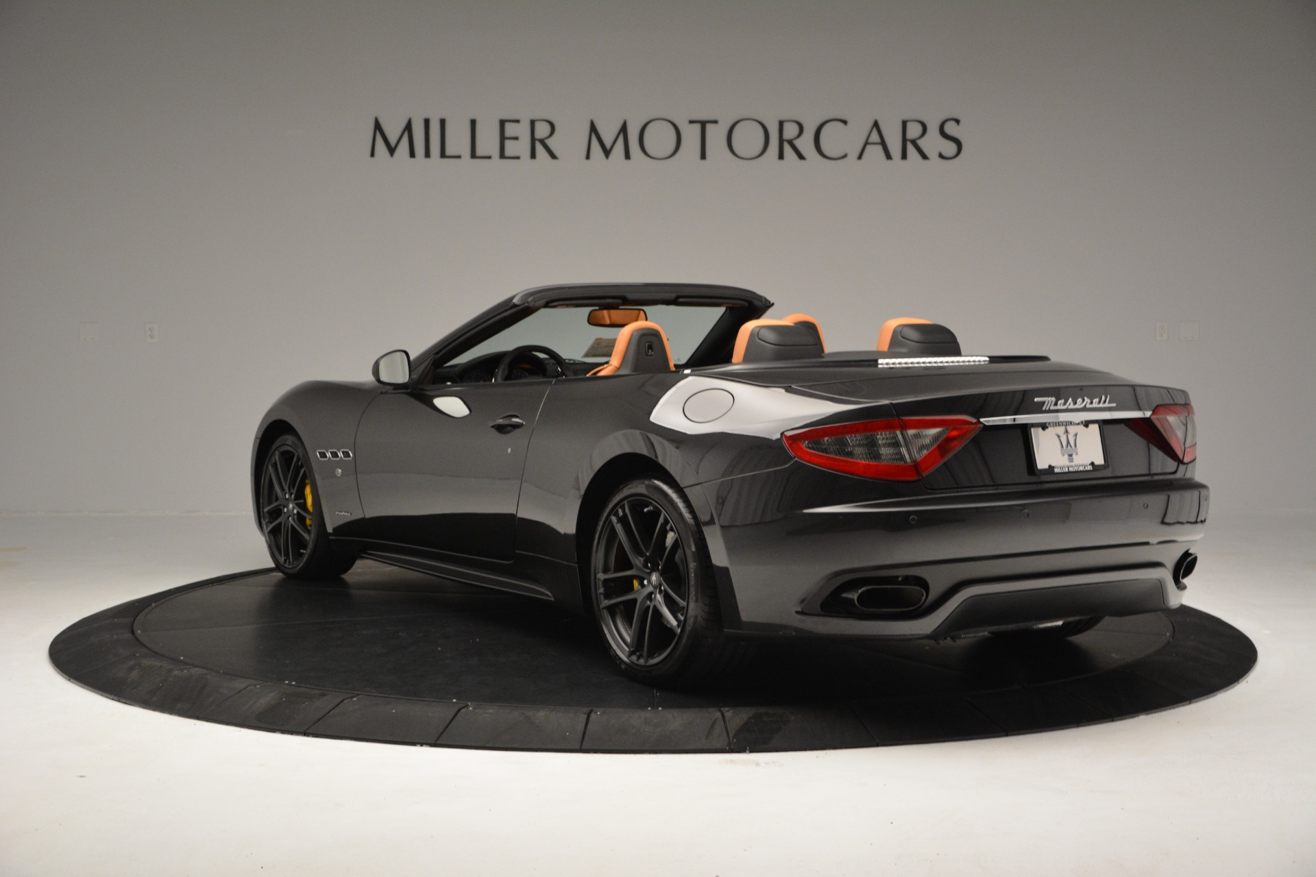 Used 2015 Maserati GranTurismo Sport Convertible For Sale In Greenwich, CT 2129_p6