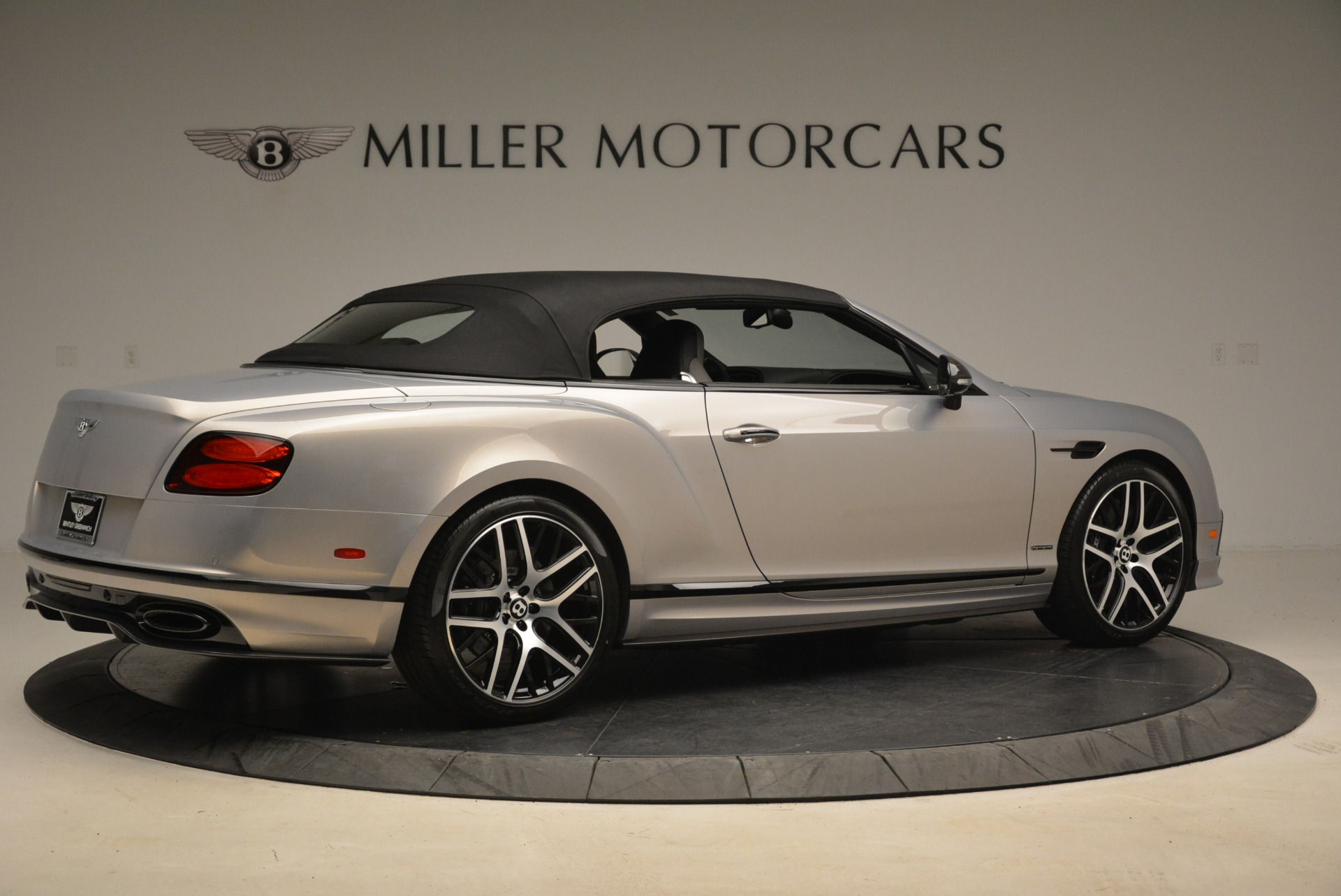 Used 2018 Bentley Continental GT Supersports Convertible For Sale In Greenwich, CT 2134_p17