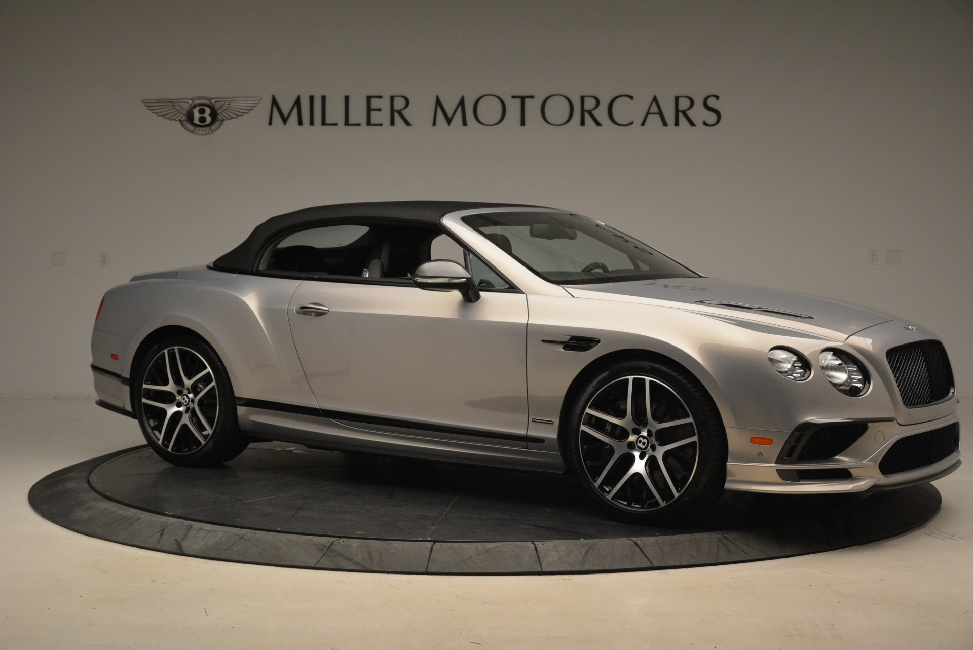 Used 2018 Bentley Continental GT Supersports Convertible For Sale In Greenwich, CT 2134_p19