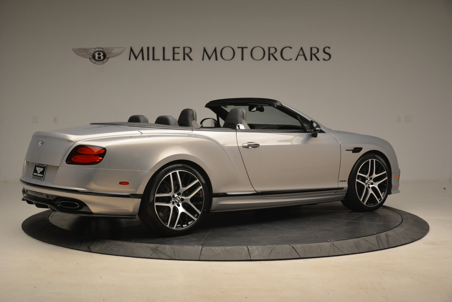 Used 2018 Bentley Continental GT Supersports Convertible For Sale In Greenwich, CT 2134_p8