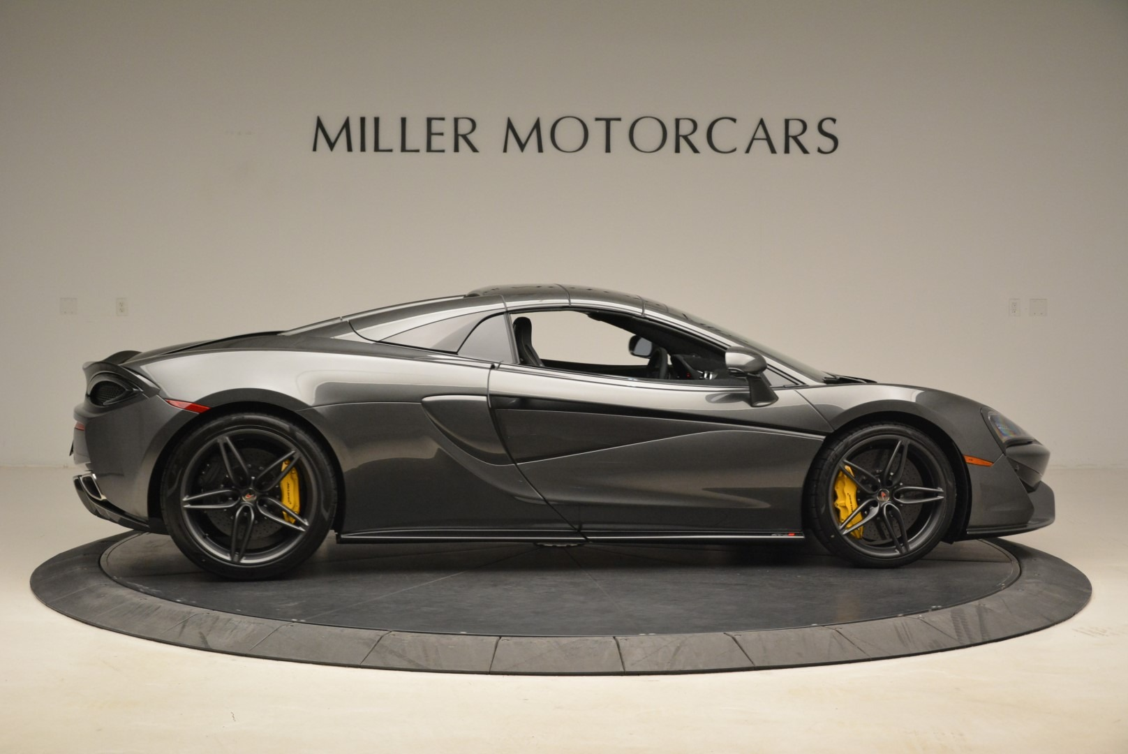 New 2018 McLaren 570S Spider For Sale In Greenwich, CT 2137_p20