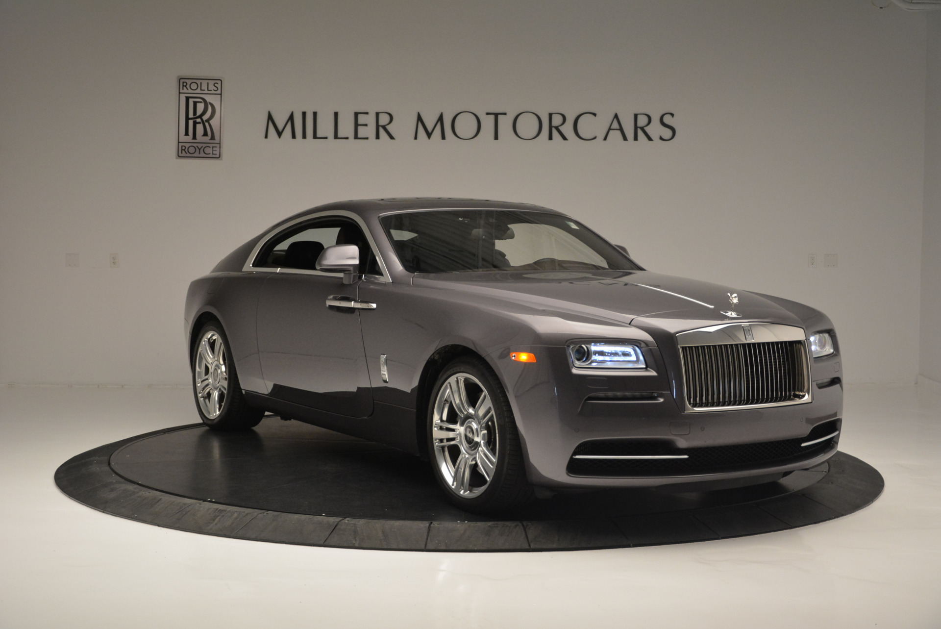 Used 2016 Rolls-Royce Wraith  For Sale In Greenwich, CT 214_p11