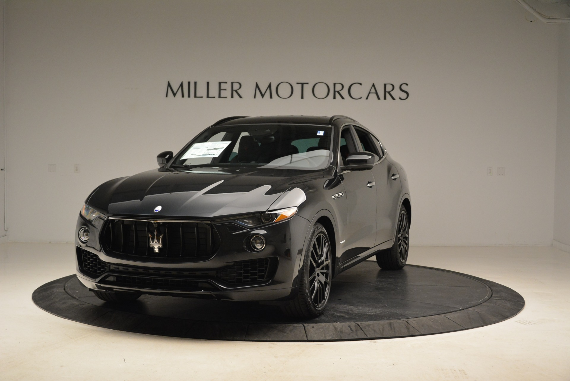 New 2018 Maserati Levante S Q4 Gransport For Sale In Greenwich, CT 2141_main