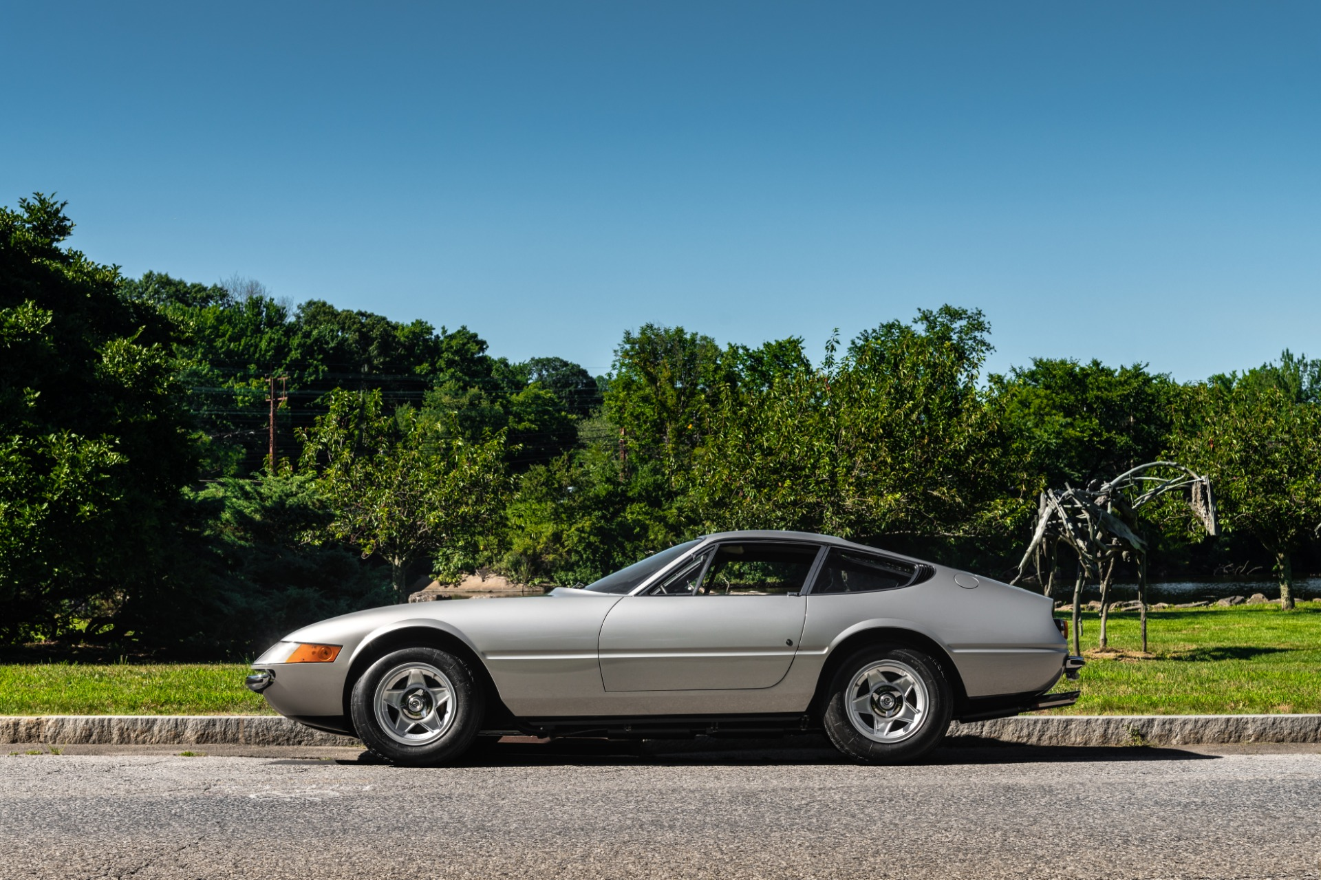 Used 1971 Ferrari 365 GTB/4 Daytona For Sale In Greenwich, CT 2146_p2