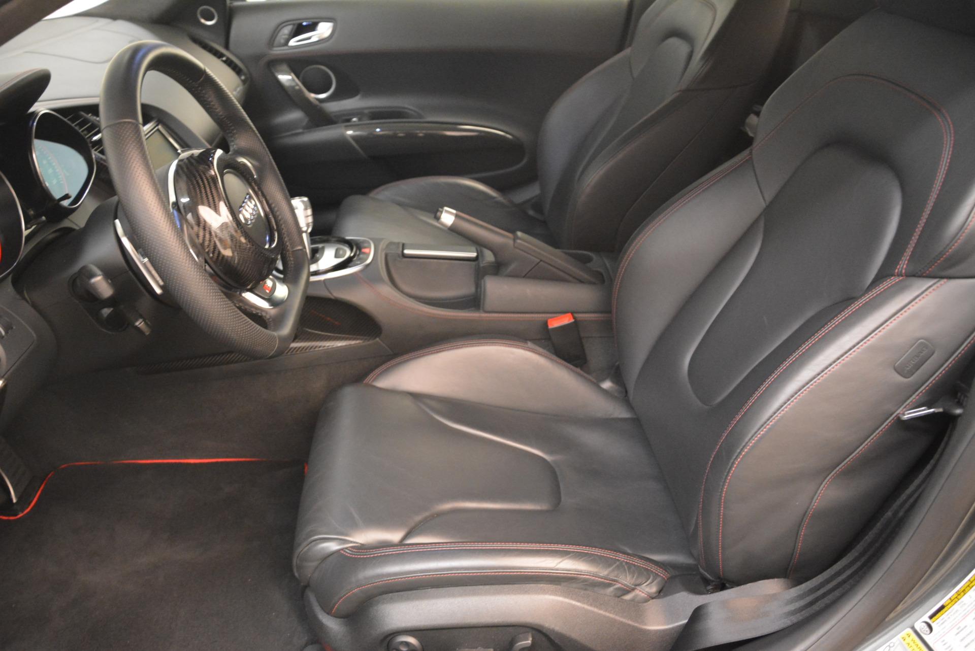 Used 2014 Audi R8 5.2 quattro For Sale In Greenwich, CT 2147_p15