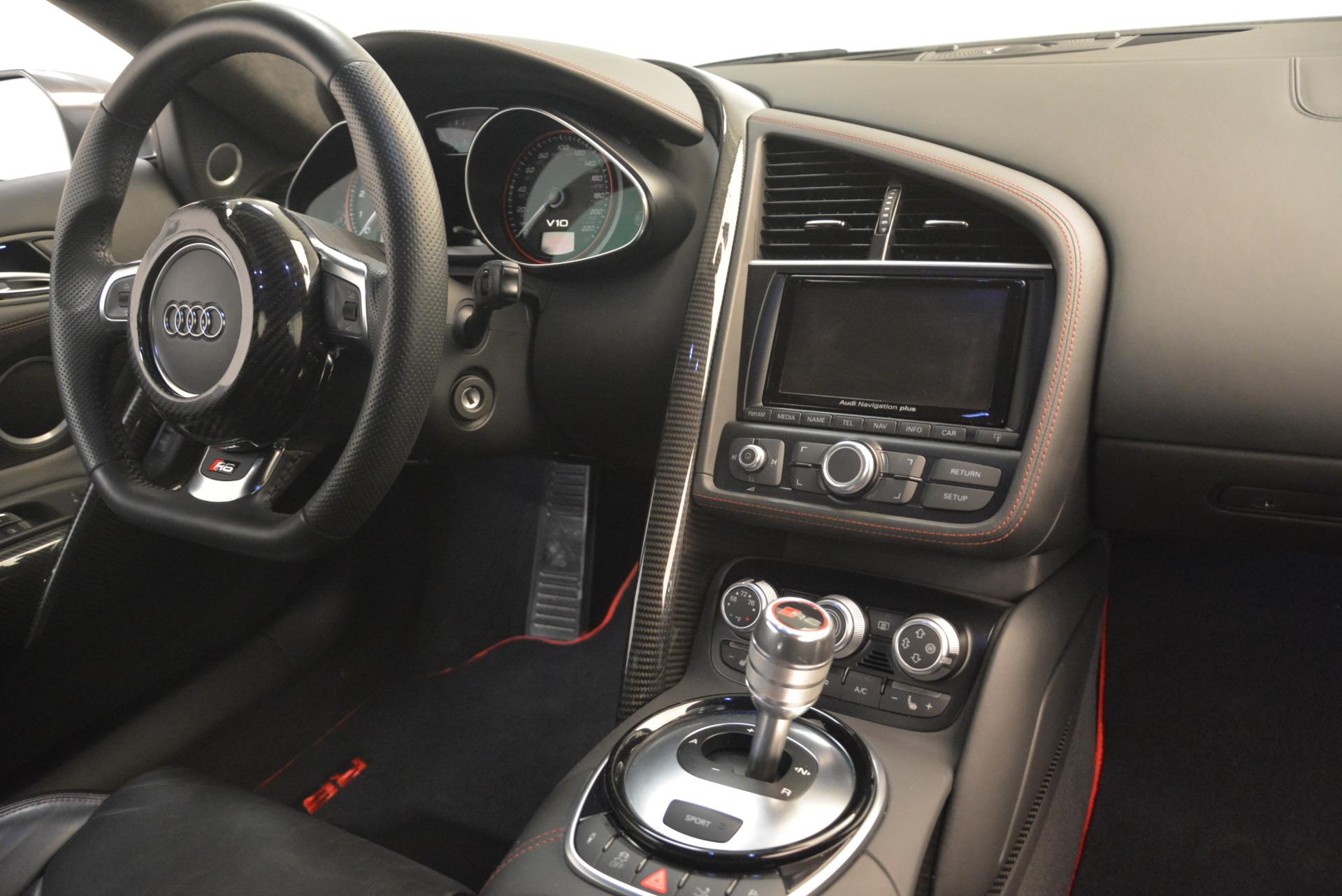 Used 2014 Audi R8 5.2 quattro For Sale In Greenwich, CT 2147_p20
