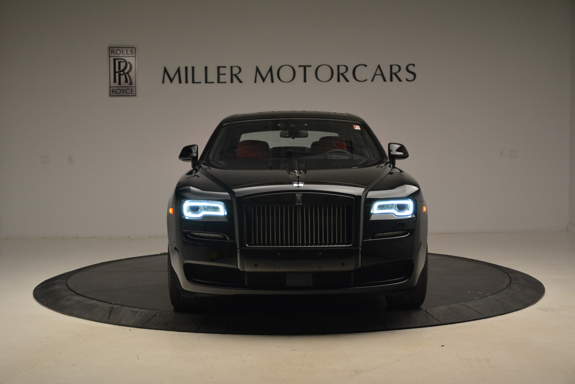 Used 2017 Rolls-Royce Ghost Black Badge For Sale In Greenwich, CT 2154_p12