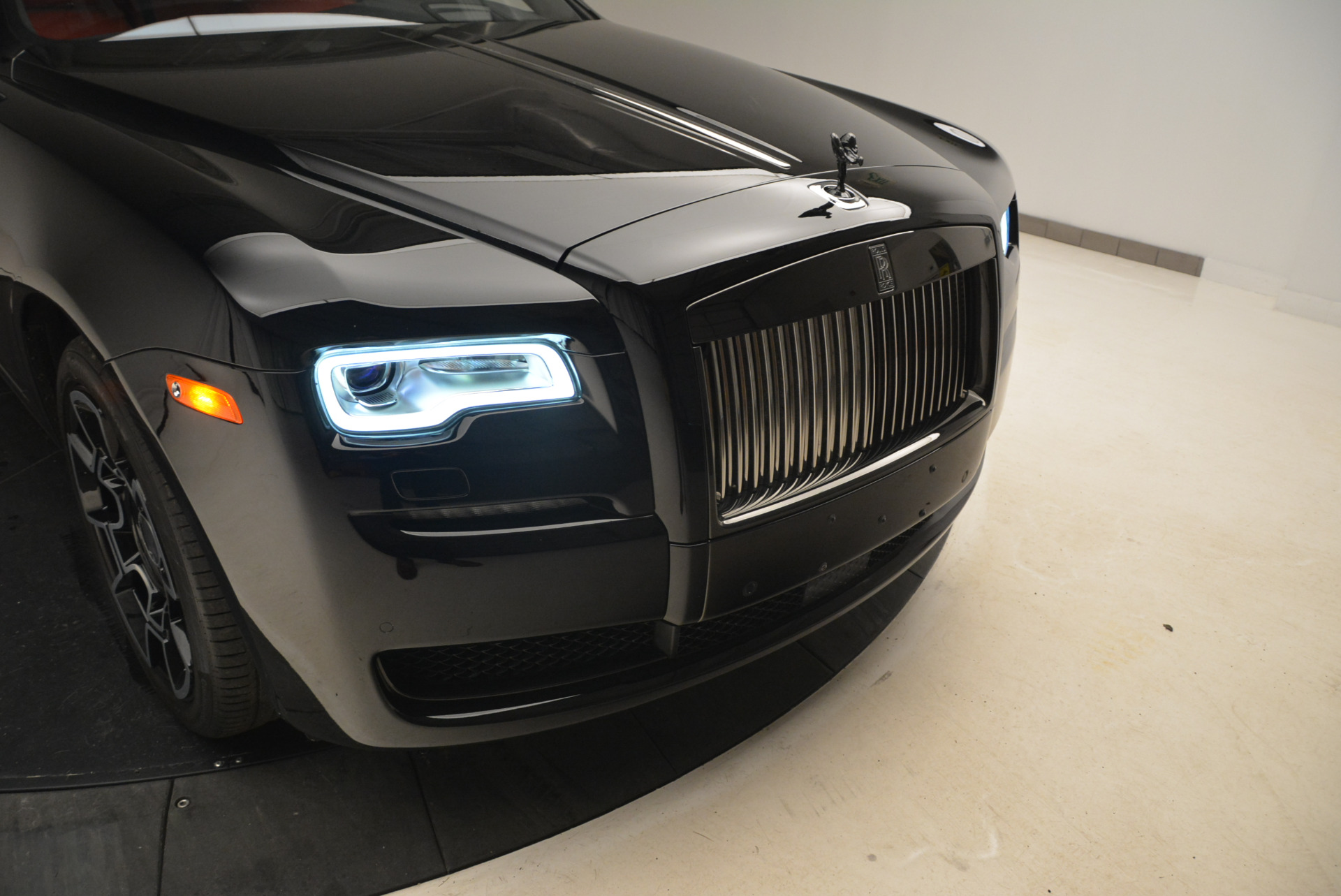 Used 2017 Rolls-Royce Ghost Black Badge For Sale In Greenwich, CT 2154_p13