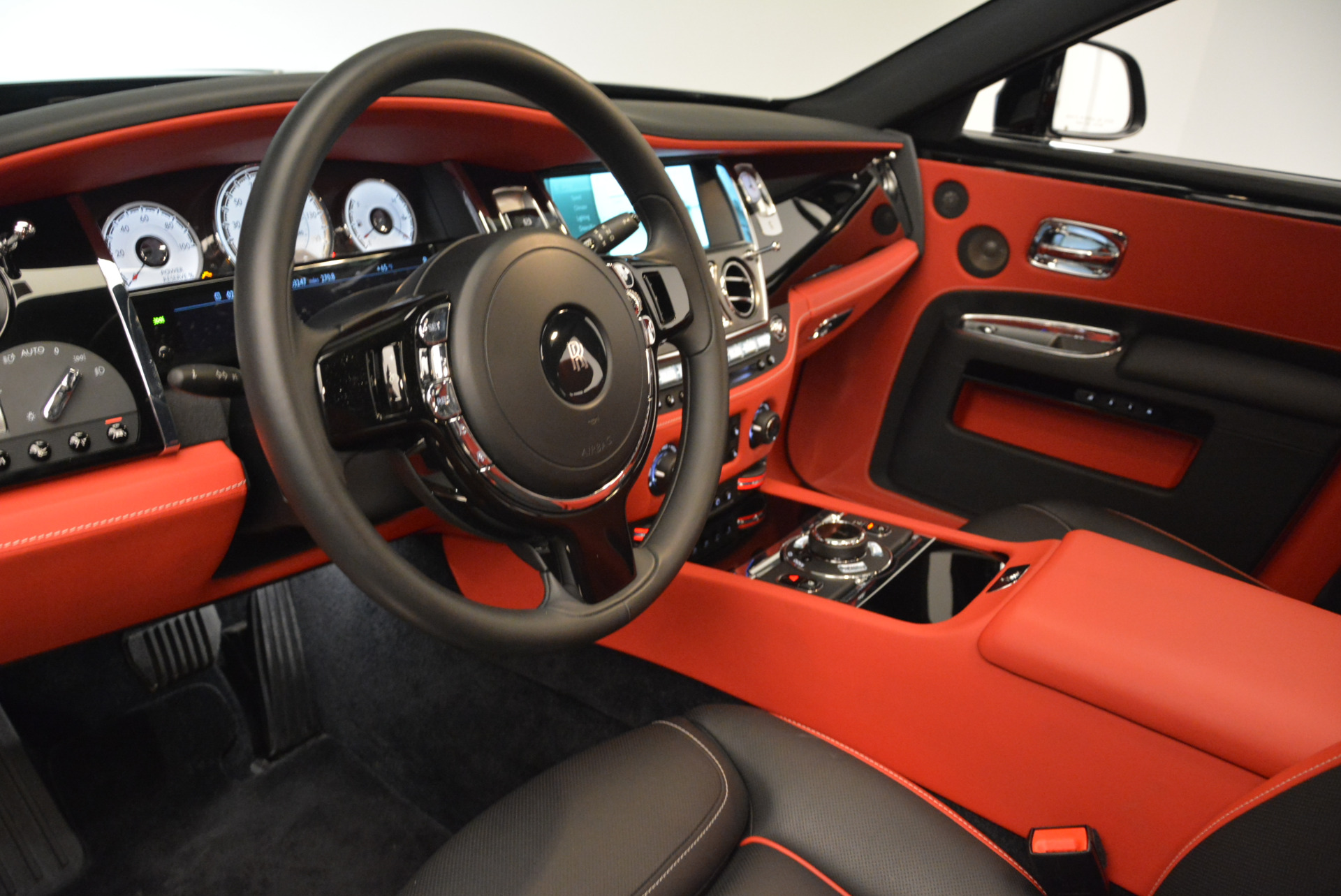 Used 2017 Rolls-Royce Ghost Black Badge For Sale In Greenwich, CT 2154_p17